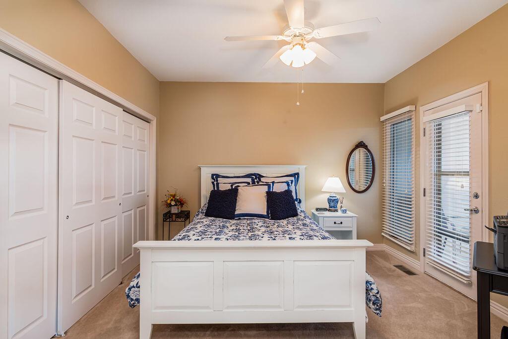 139 Villa Drive UNIT #2 Hollister, MO 65672