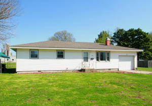 223 East 2nd Street, Marshfield, MO 65706