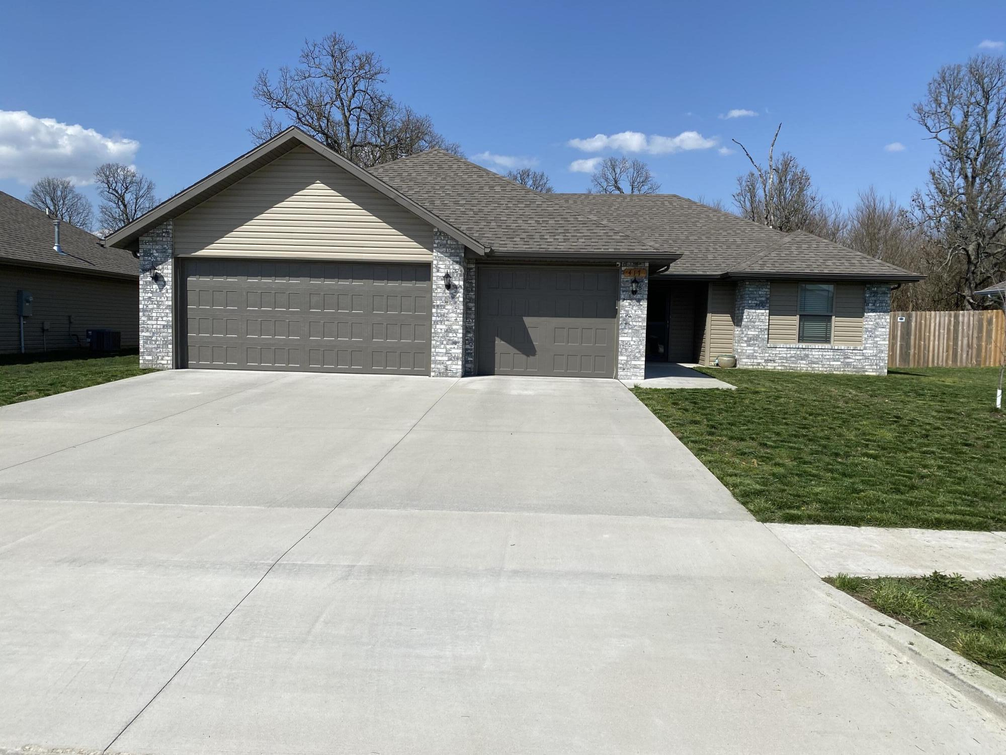 417 West Melody Lane Republic, MO 65738