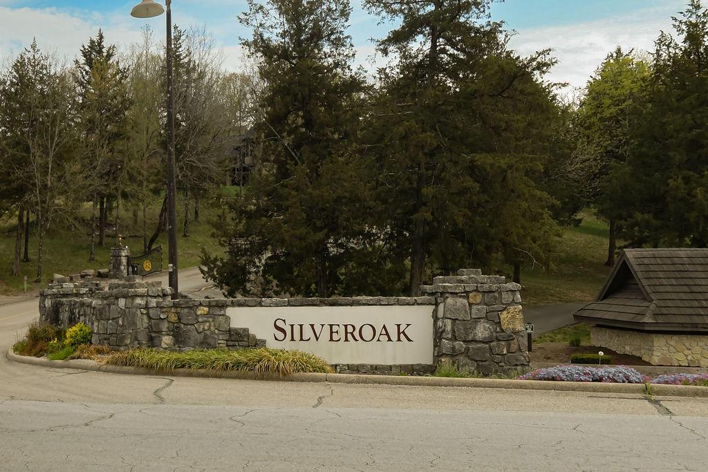 104 Silver Oak Way Branson West, MO 65737