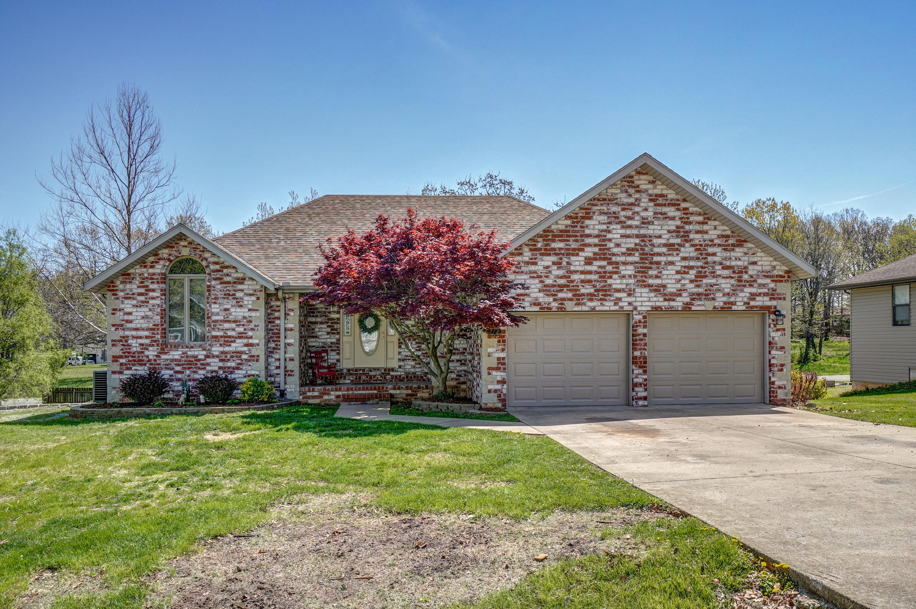 712 North Dogwood Street Strafford, MO 65757