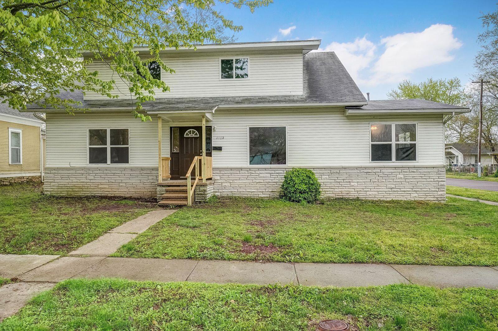 1162 West Lynn Street Springfield, MO 65802