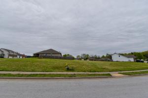 705-707 East Daniels, Ozark, MO 65721