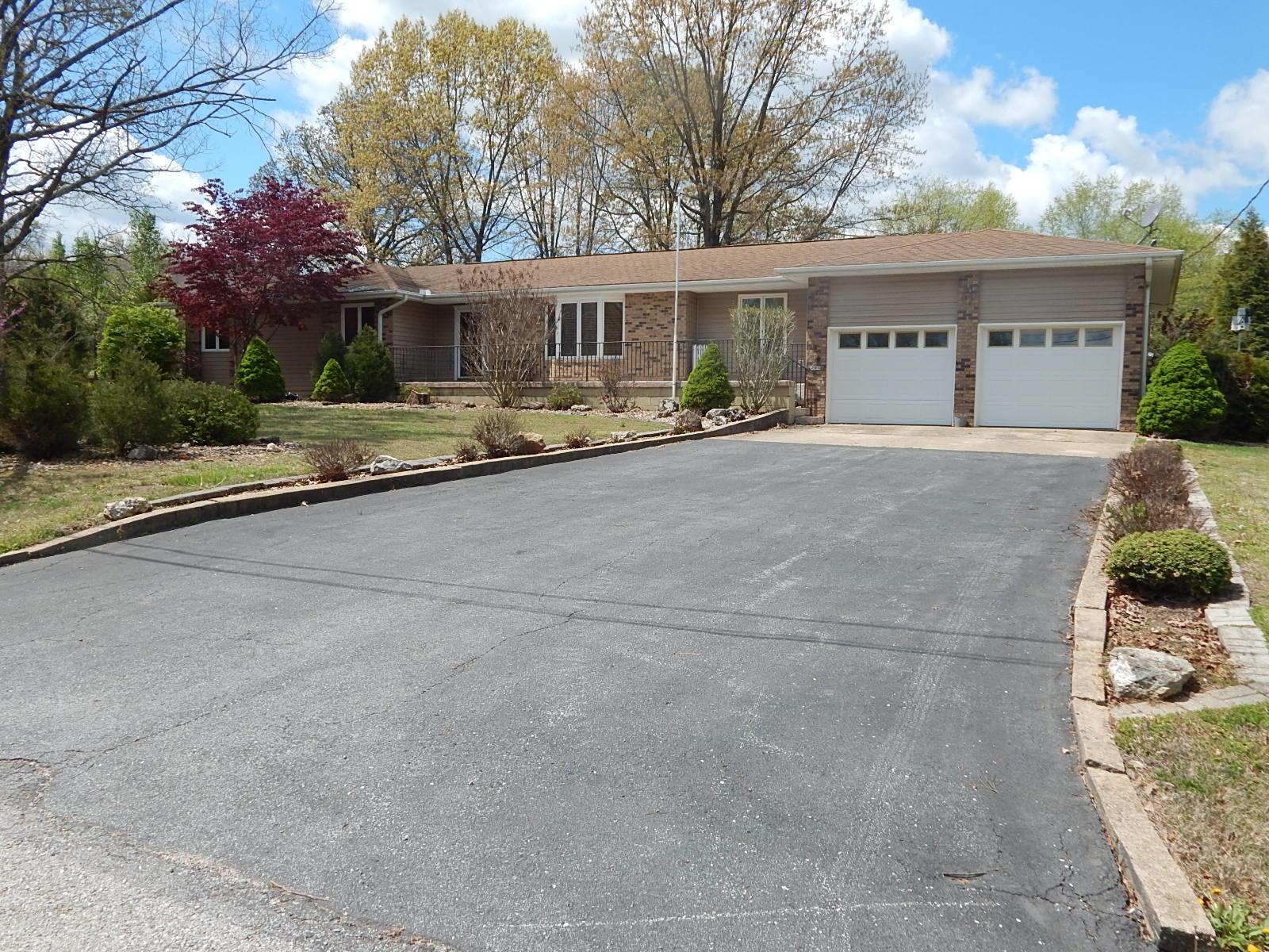 2007 Oakridge Drive Ava, MO 65608