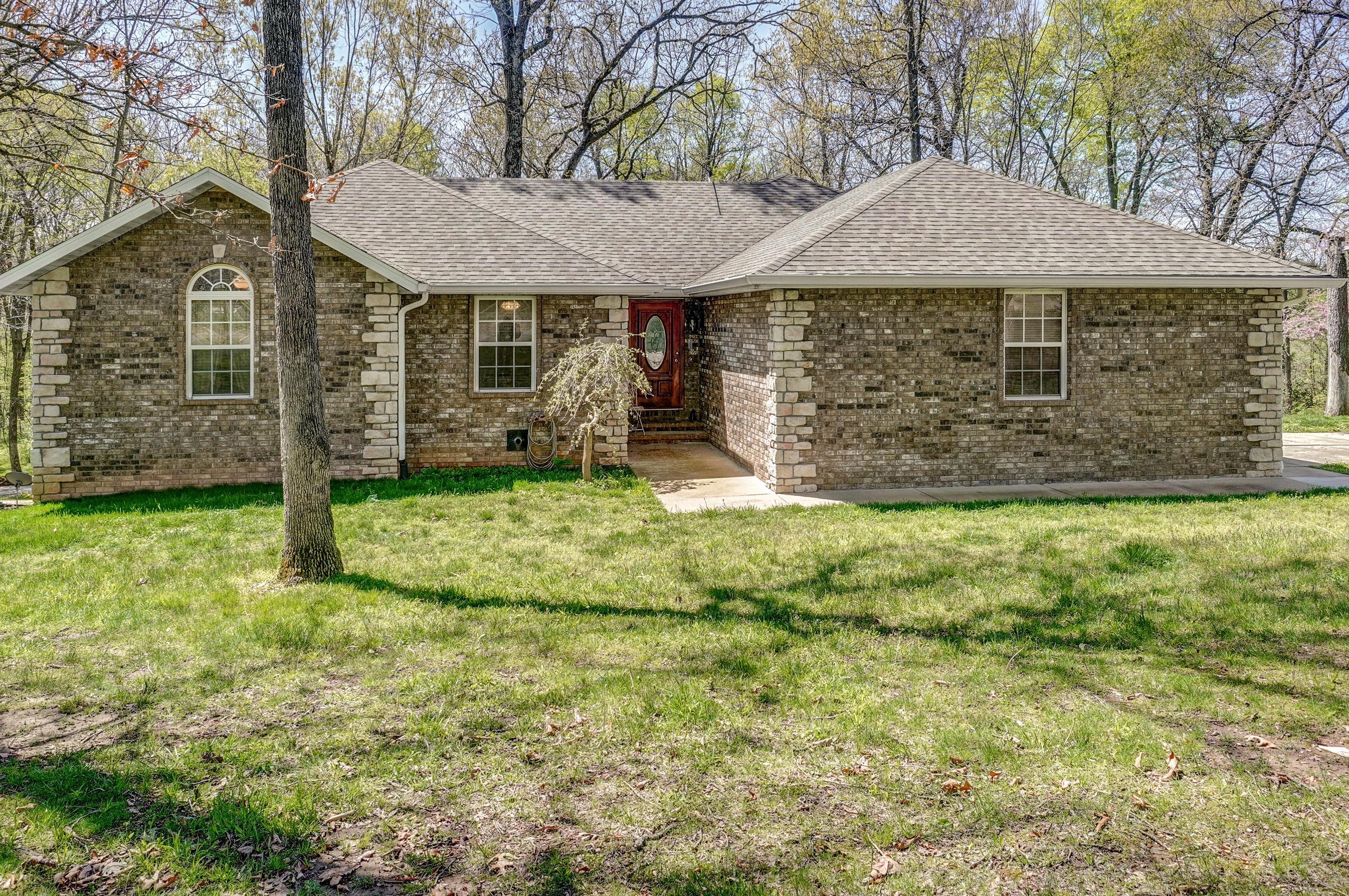 205 Nice Pl Road Clever, MO 65631