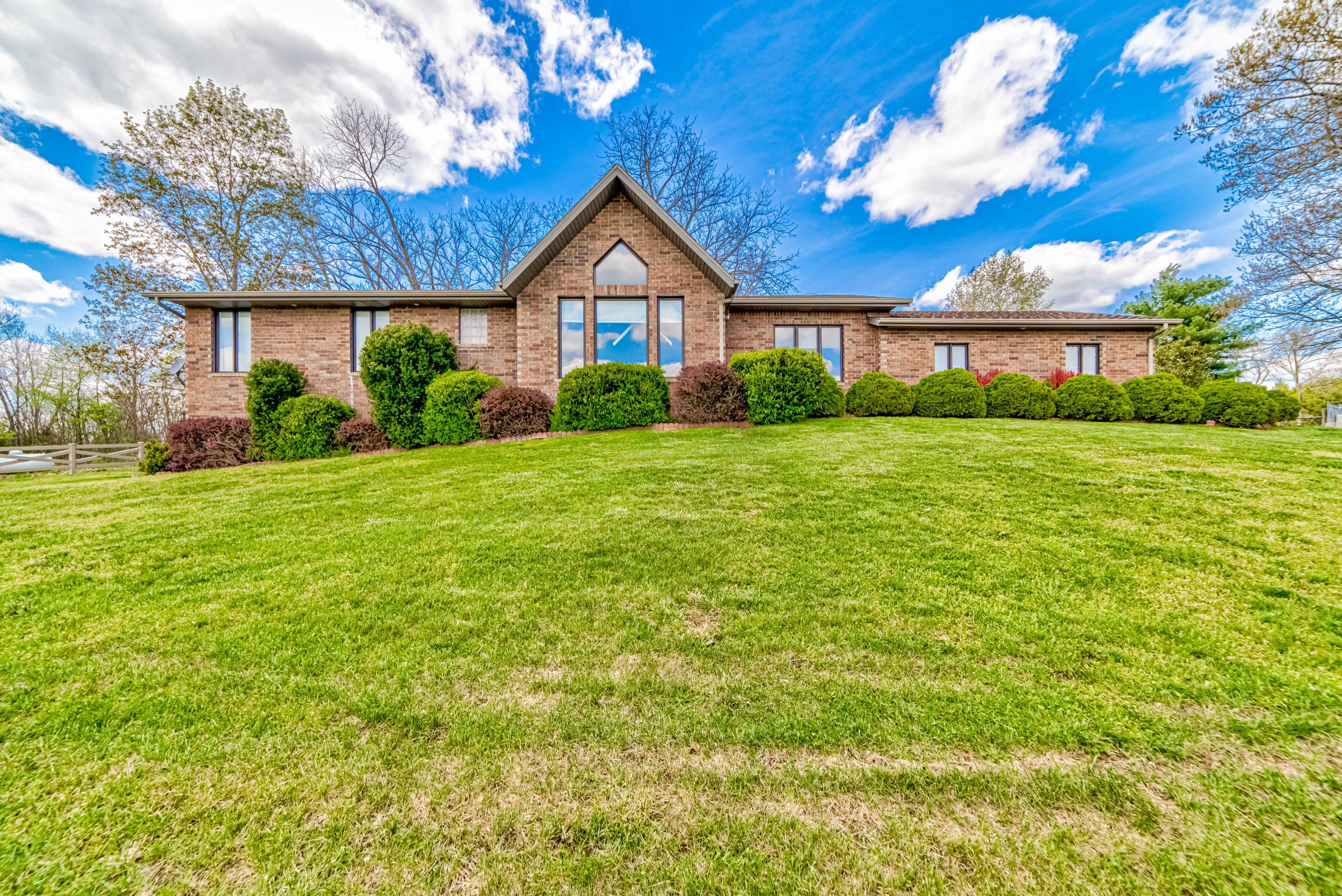 12115 State Highway A Ava, MO 65608