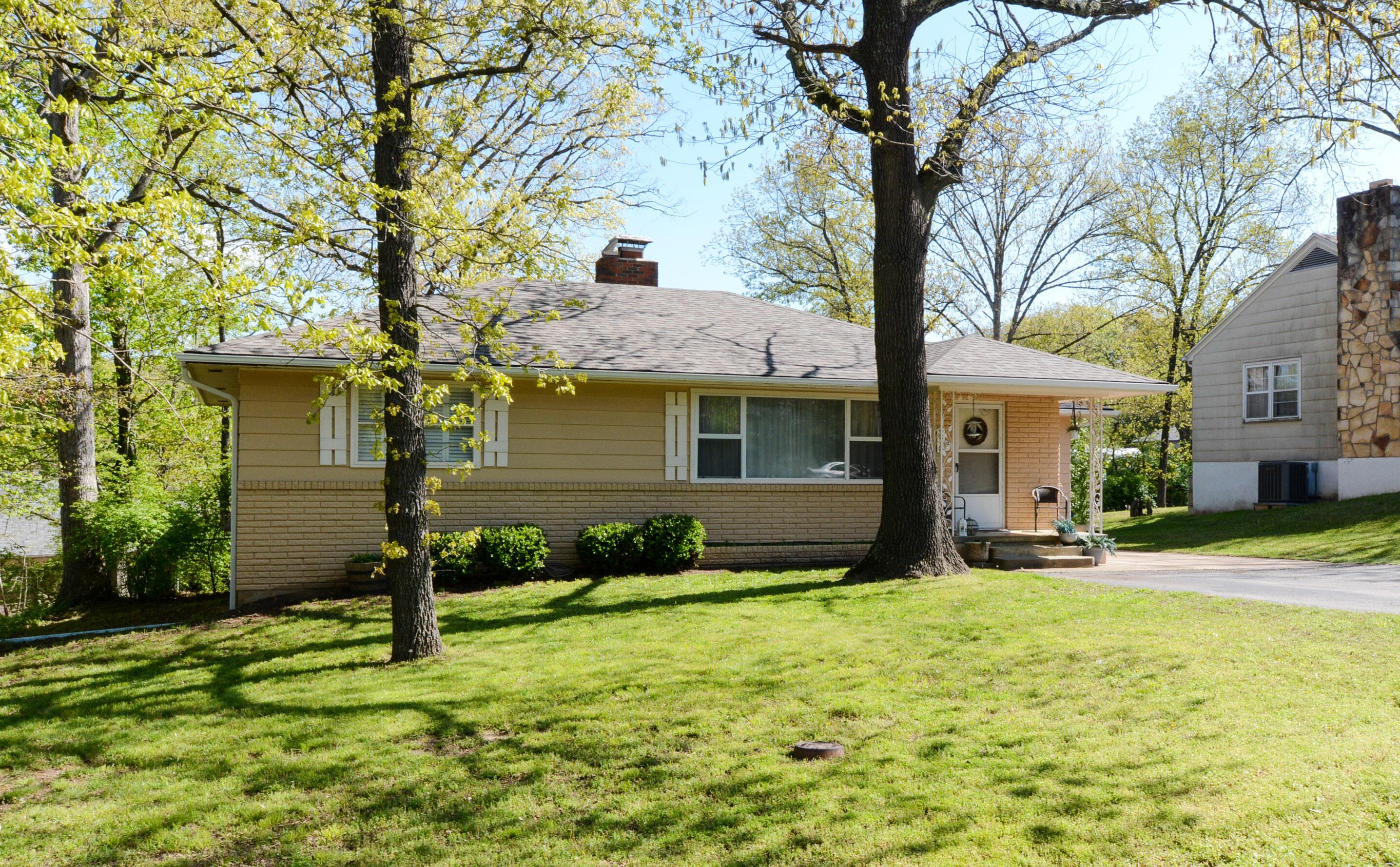 278 Lakeside Drive Forsyth, MO 65653