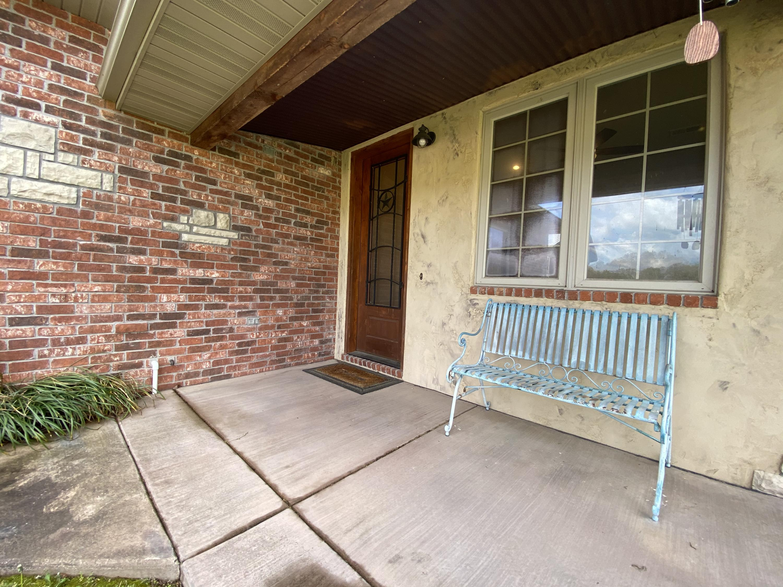 414 Sweetheart Drive Rogersville, MO 65742