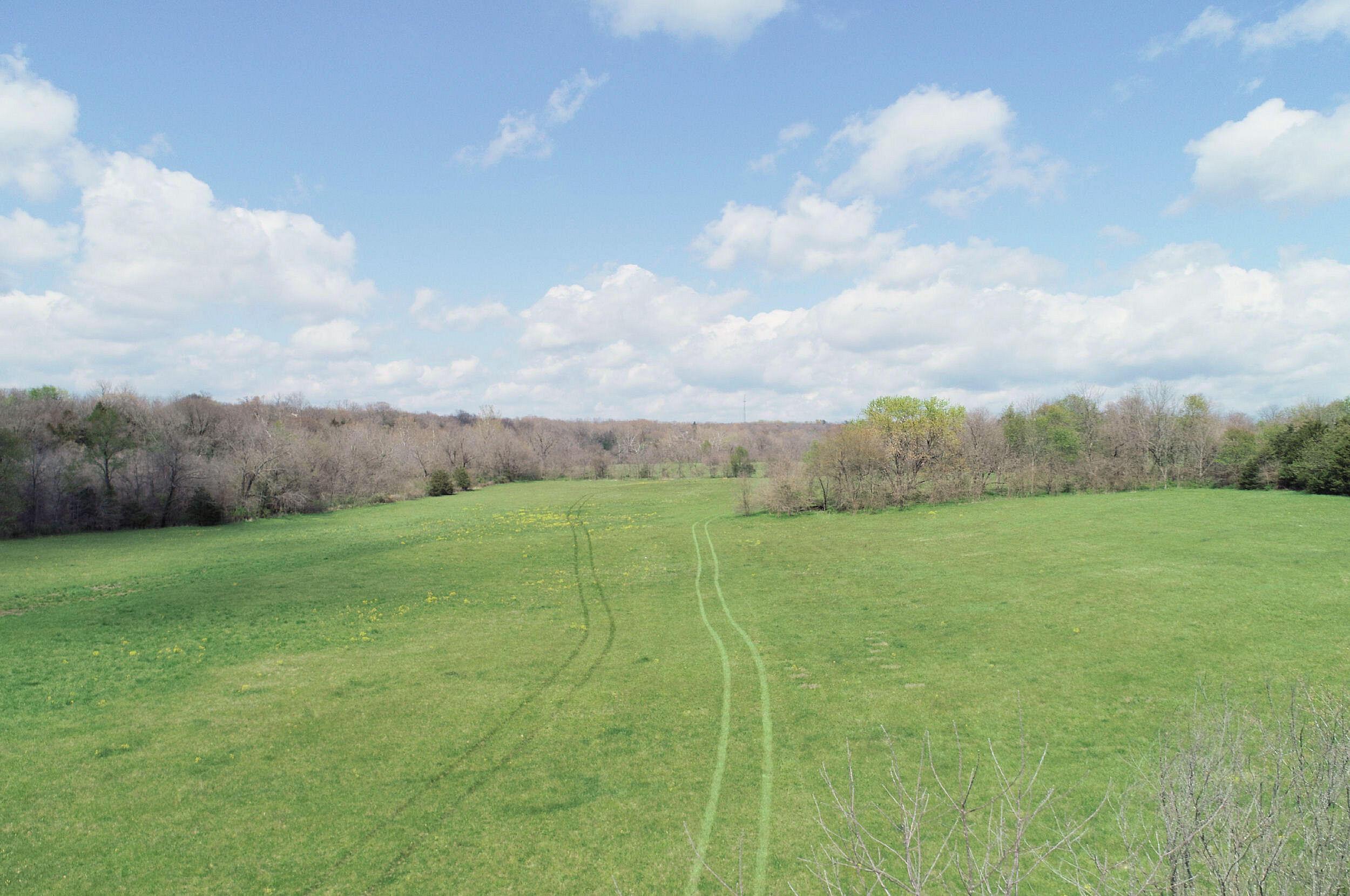 1199 East Farm Rd Springfield, MO 65803