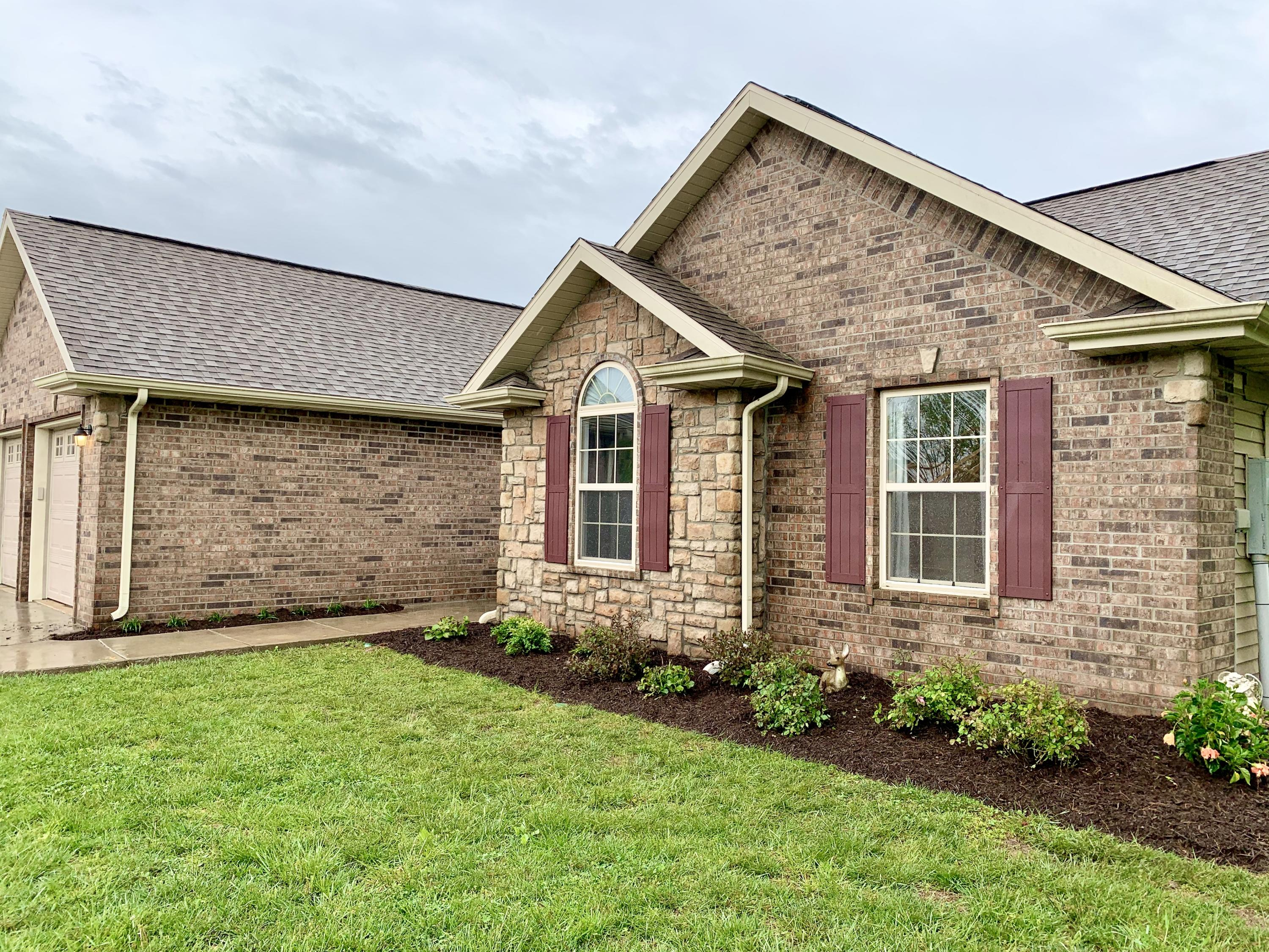 1595 Morningside Falls Boulevard Blue Eye, MO 65611