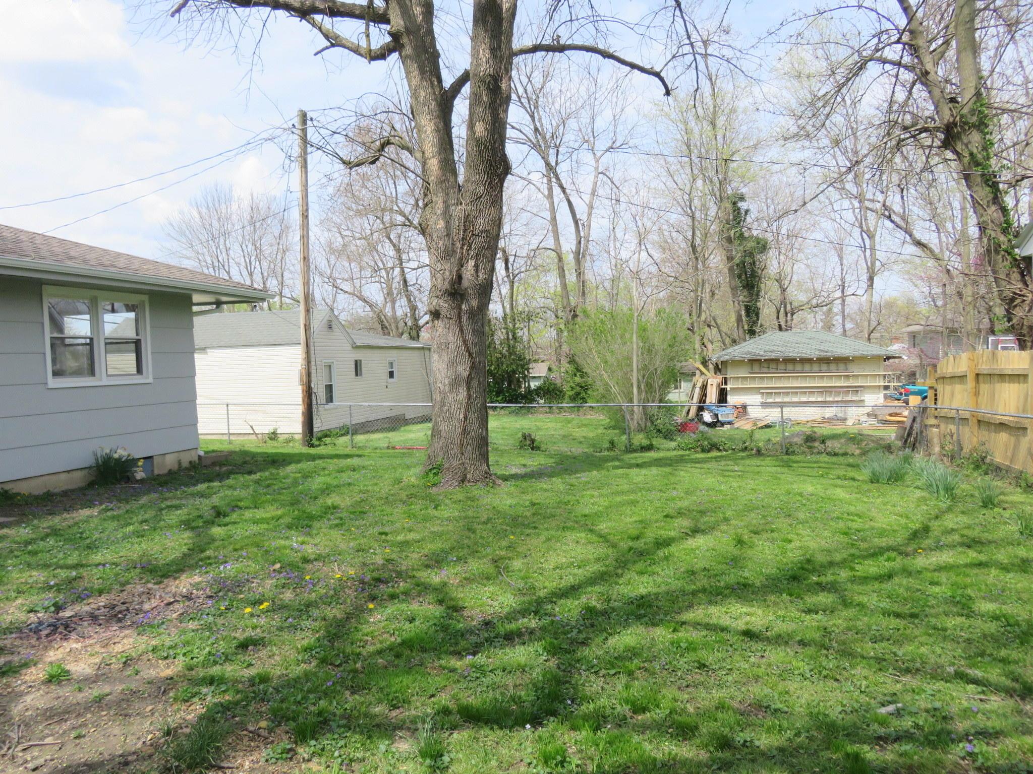 410 North Mill Street Marshfield, MO 65706