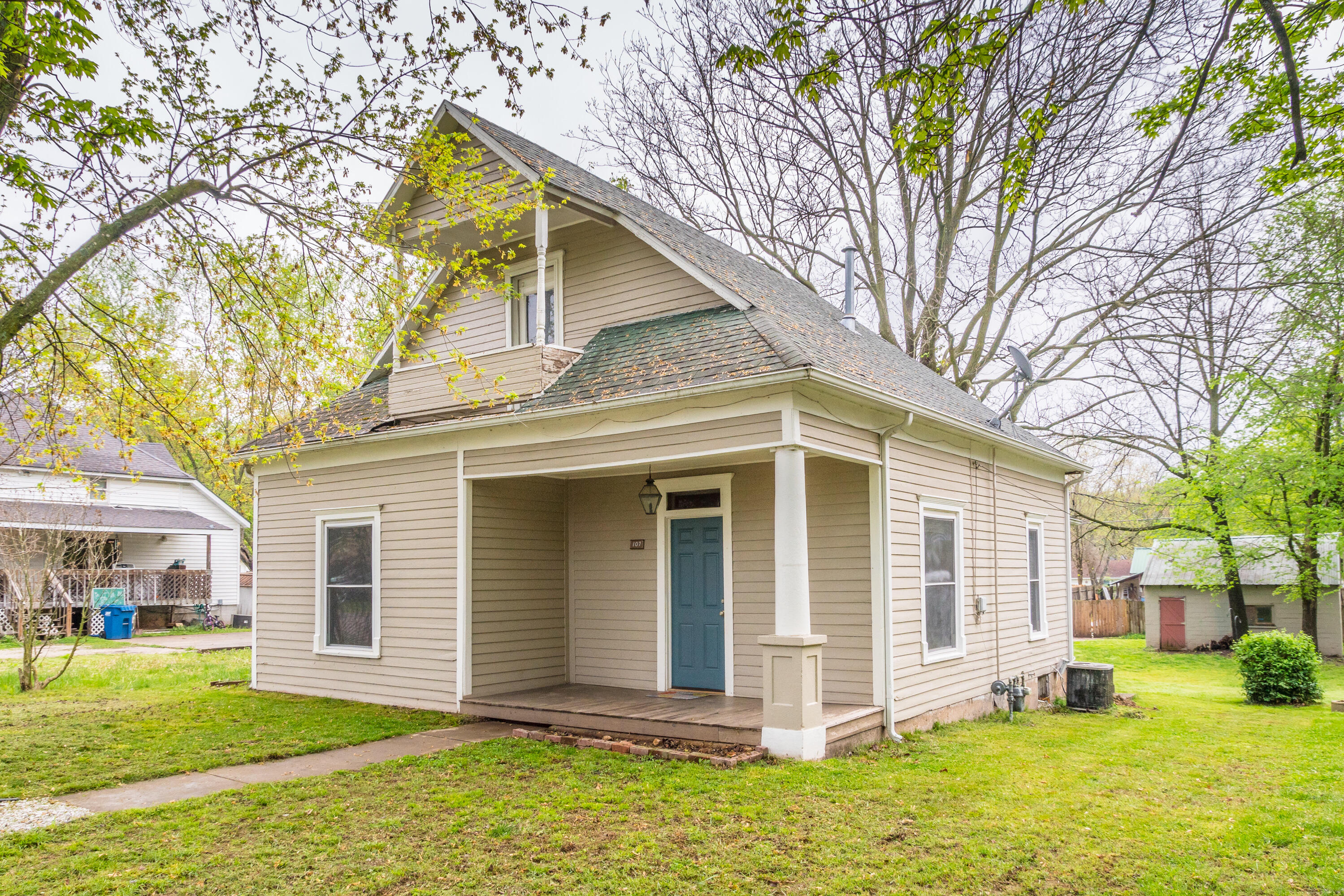 107 North Crane Street Crane, MO 65633