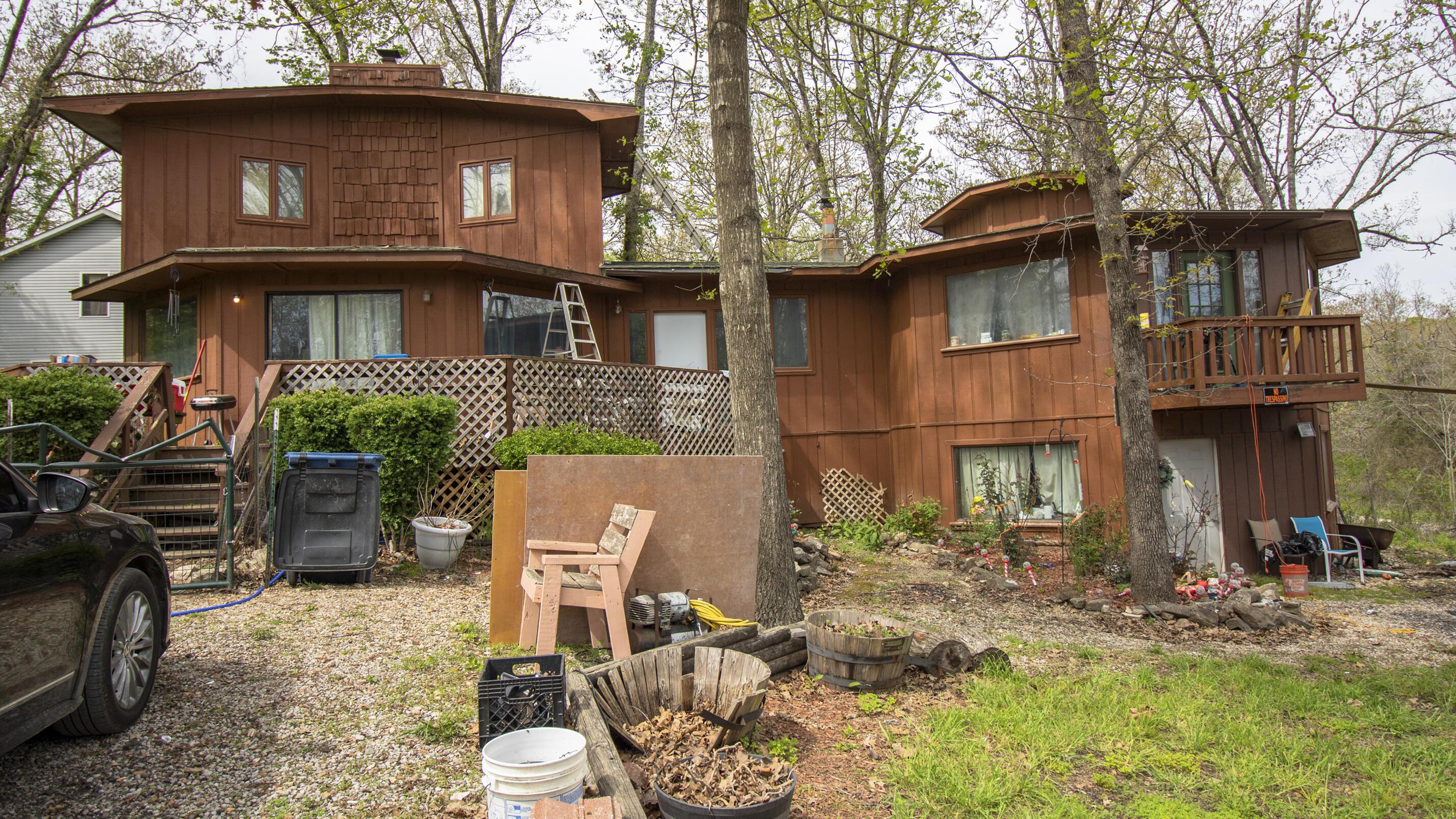 4063 East Gate Road Merriam Woods, MO 65740