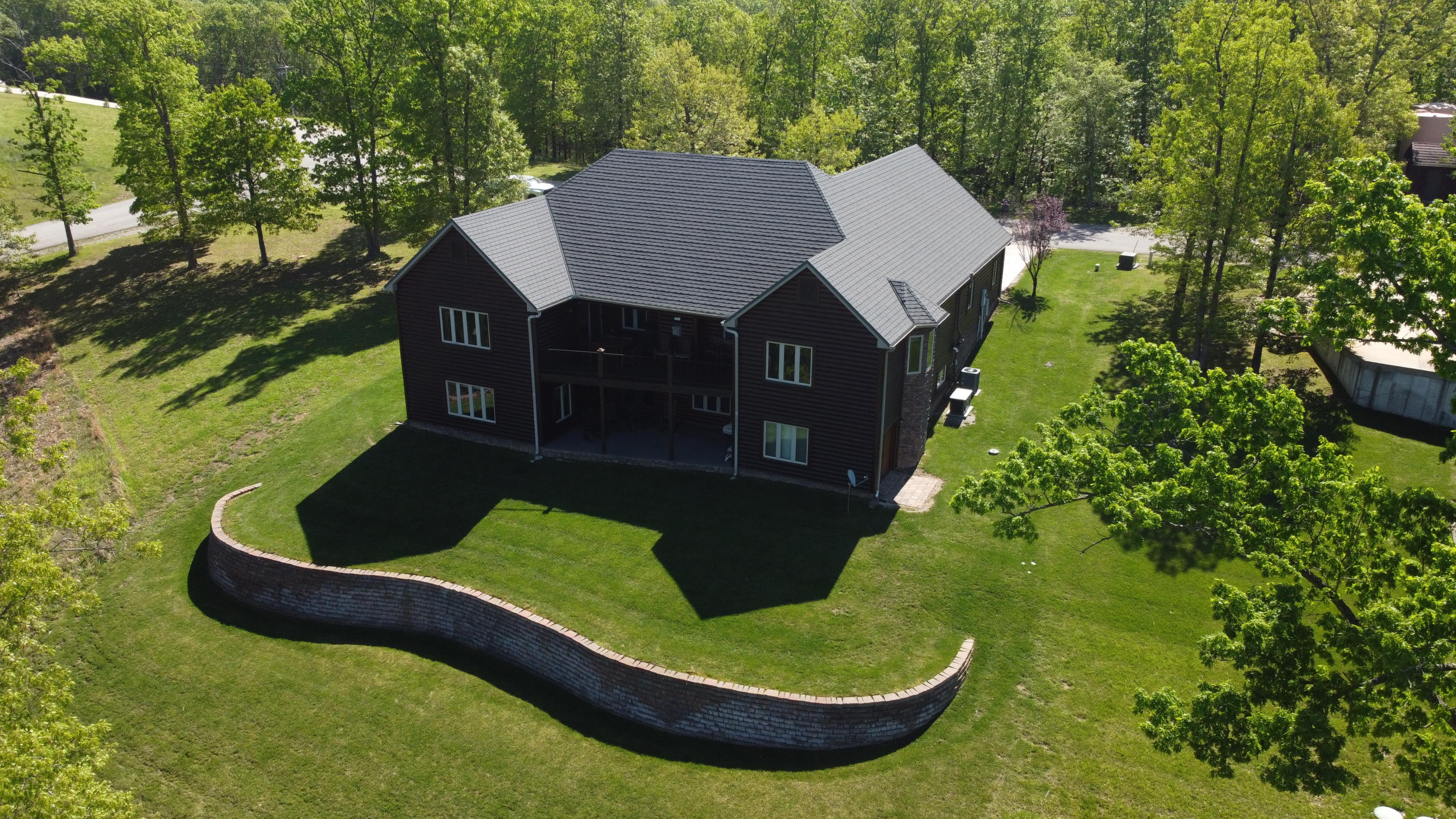 122 Pinnacle Shores Drive Lampe, MO 65681