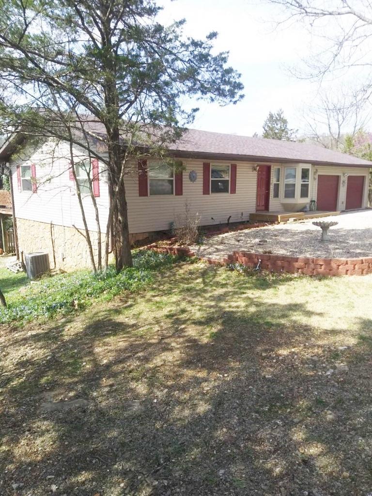 15 Trail Ridge Drive Kimberling City, MO 65686