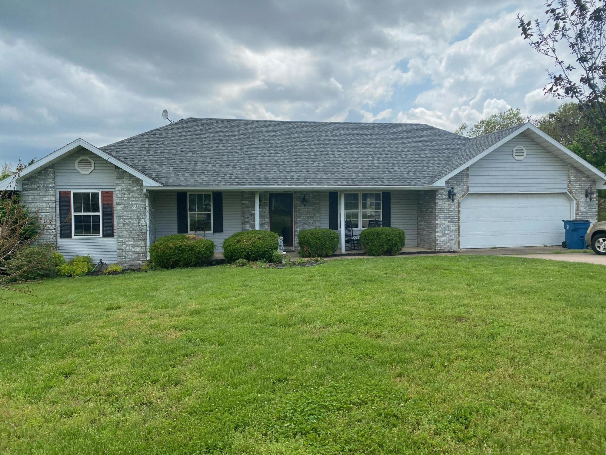 69 Rolling Hills Road Clever, MO 65631