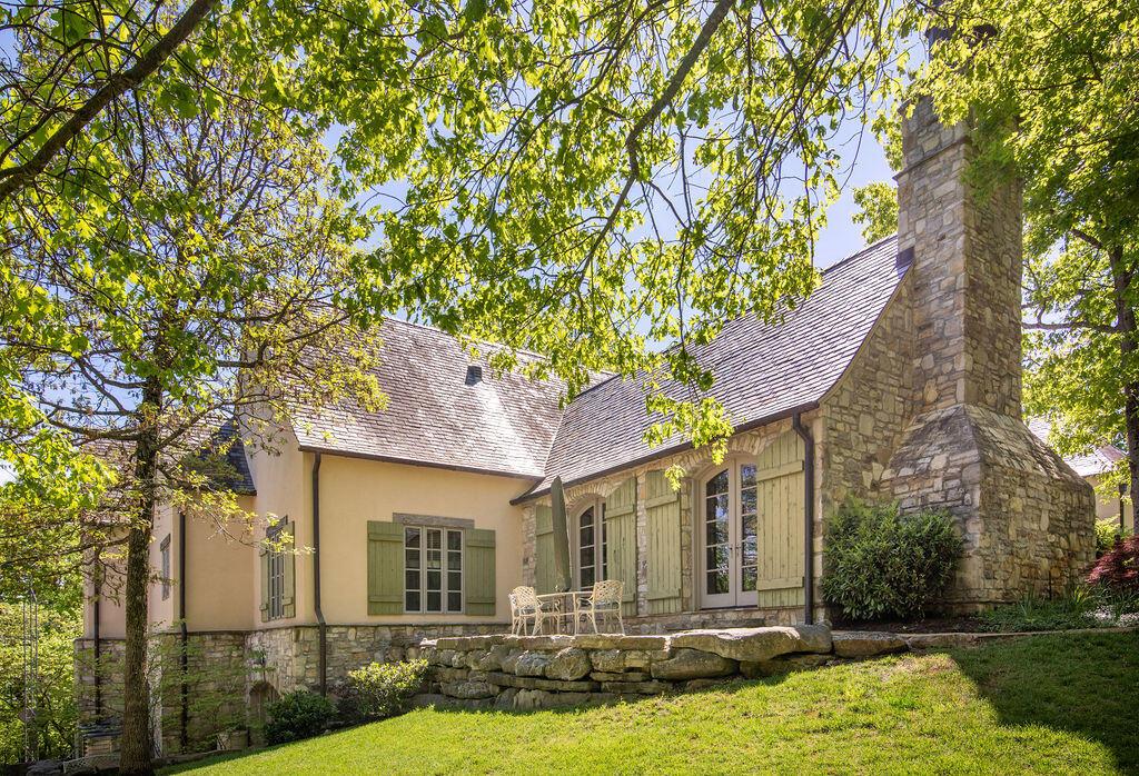 1252 Stoneridge Estates Branson, MO 65616