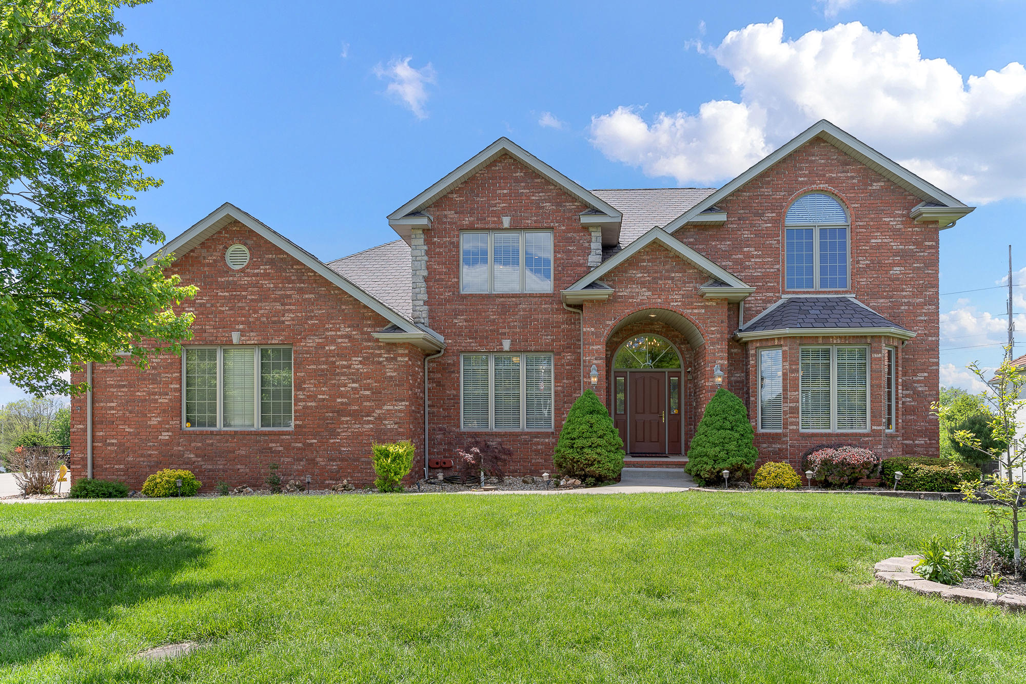 3660 East Turtle Hatch Road Springfield, MO 65809