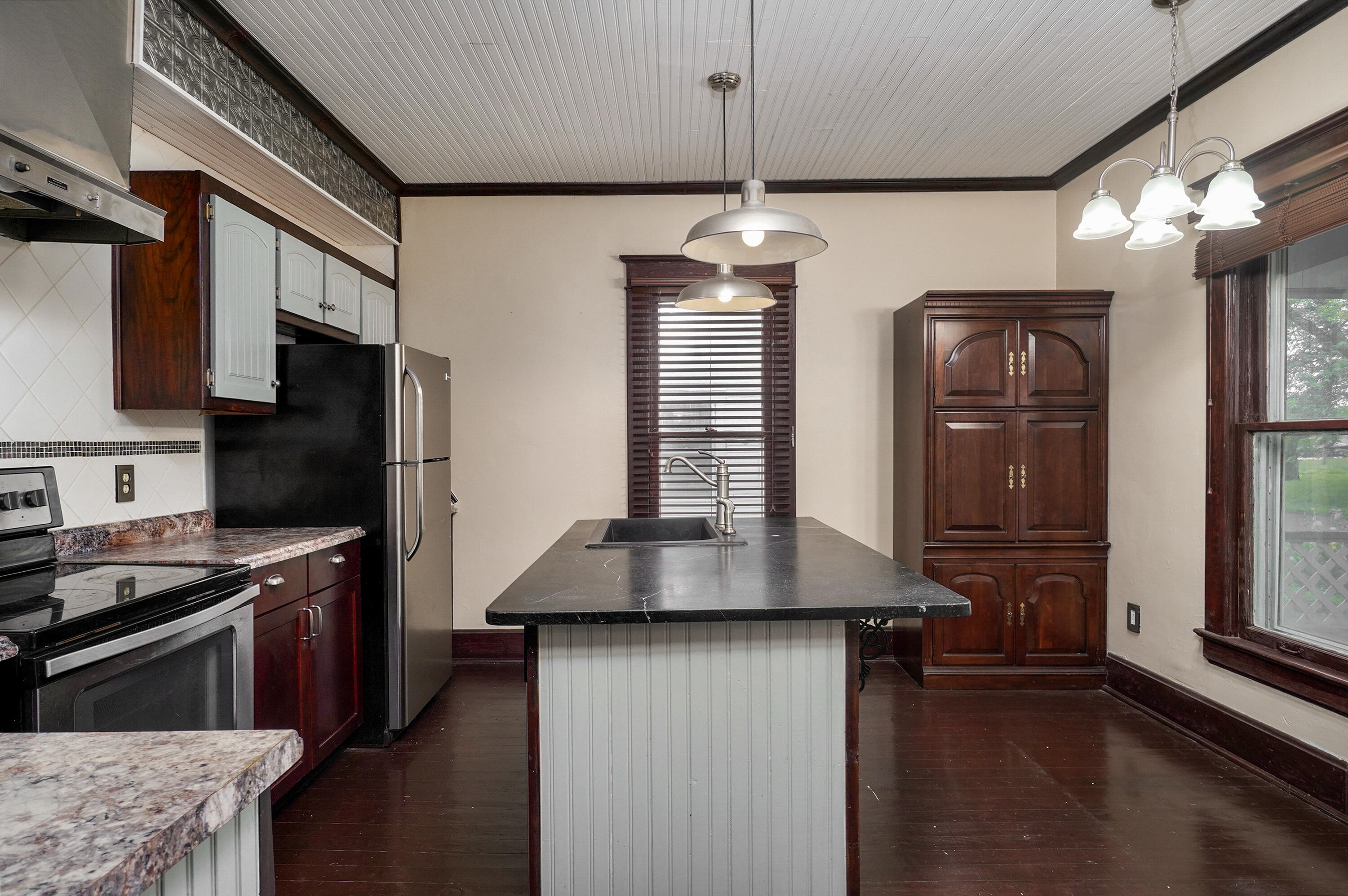 1313 West Central Street Springfield, MO 65802