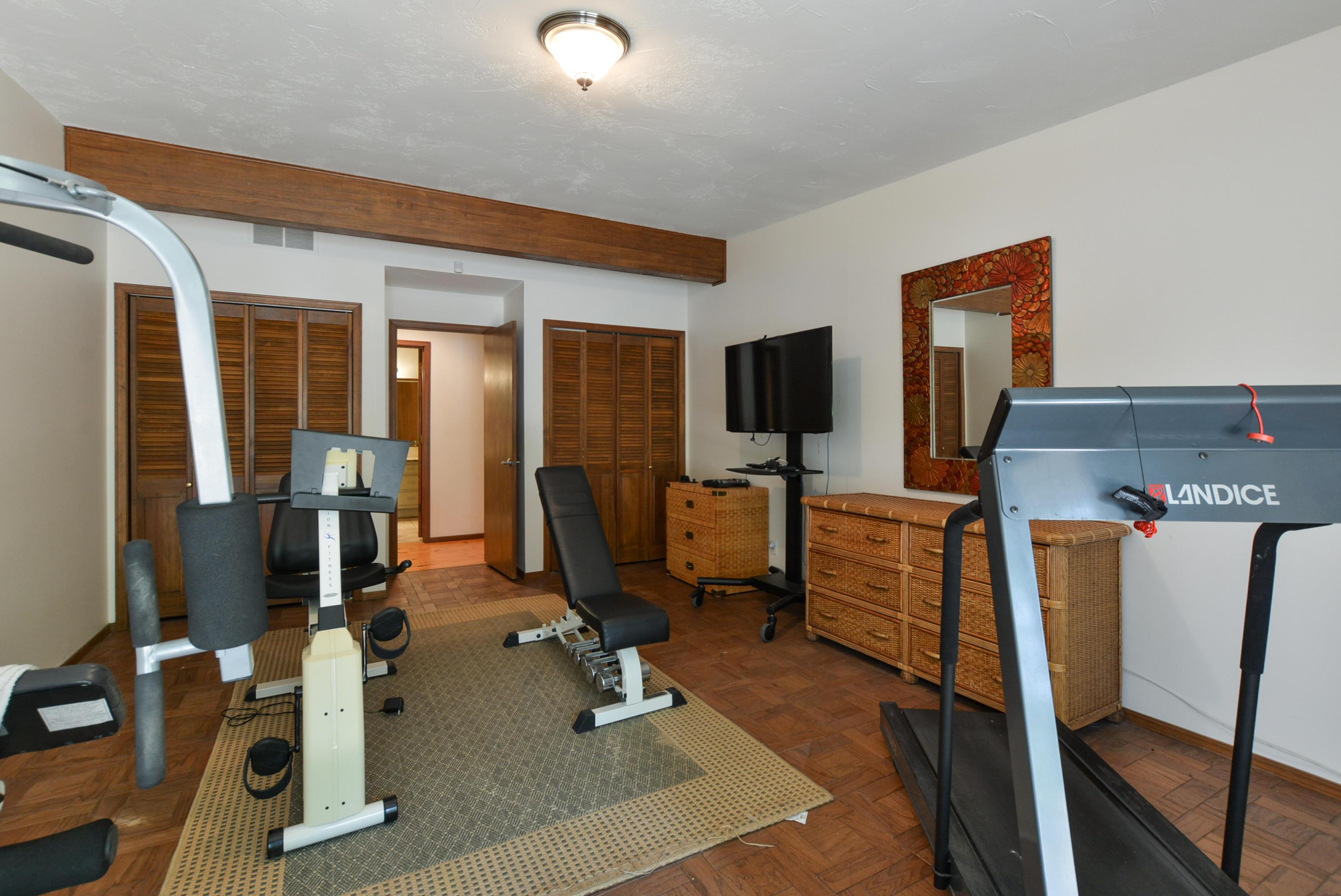 75 Port Holiday Court Kimberling City, MO 65686
