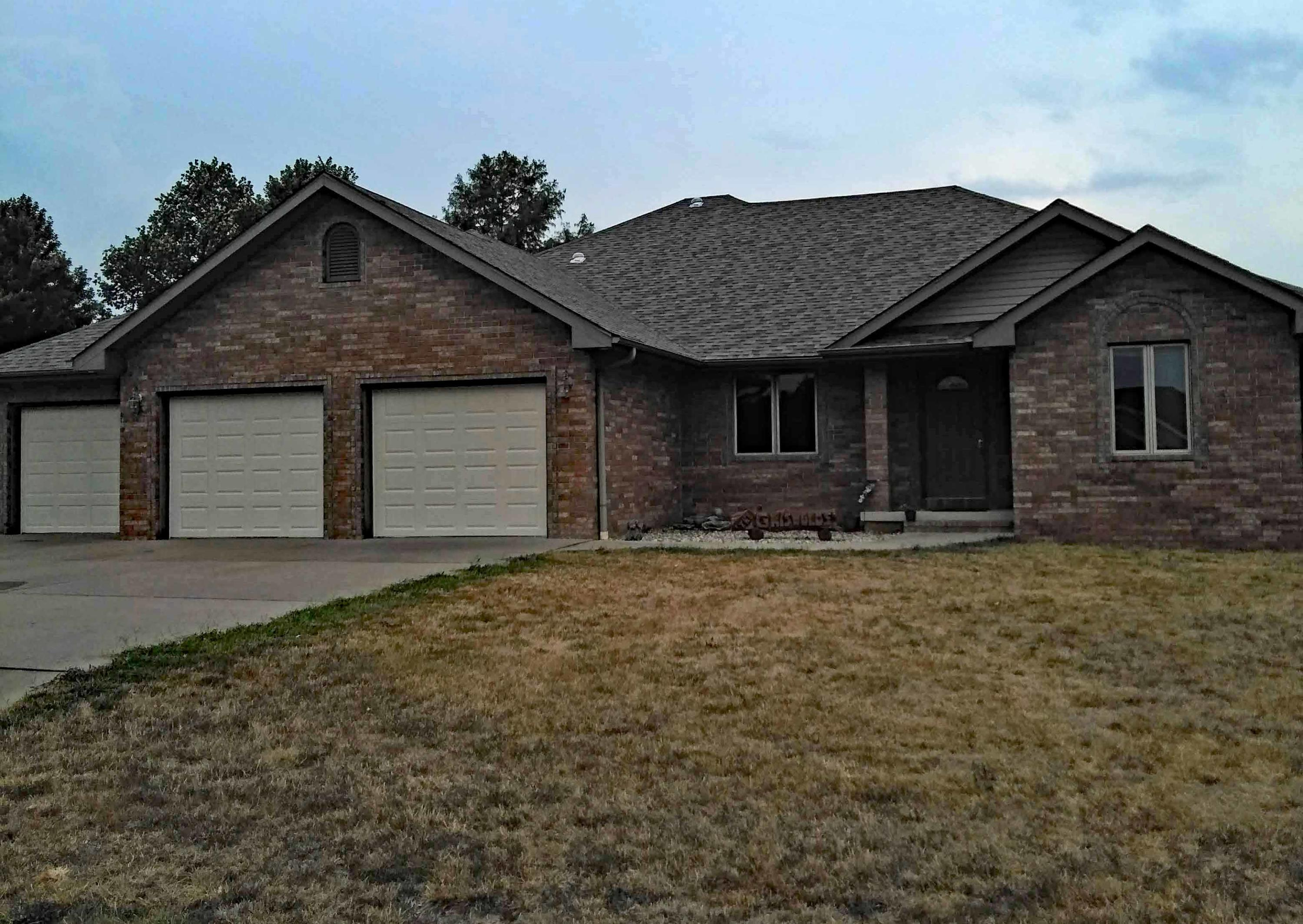 Property for sale at 1301 South Meadow, Bolivar,  Missouri 65613