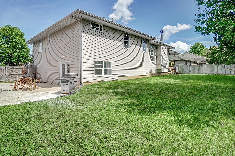 1005 North 15th Avenue Ozark, MO 65721
