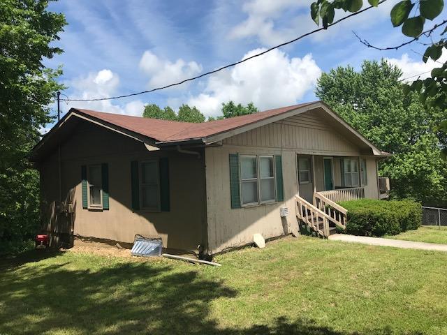 105 West Wren Street Ozark, MO 65721