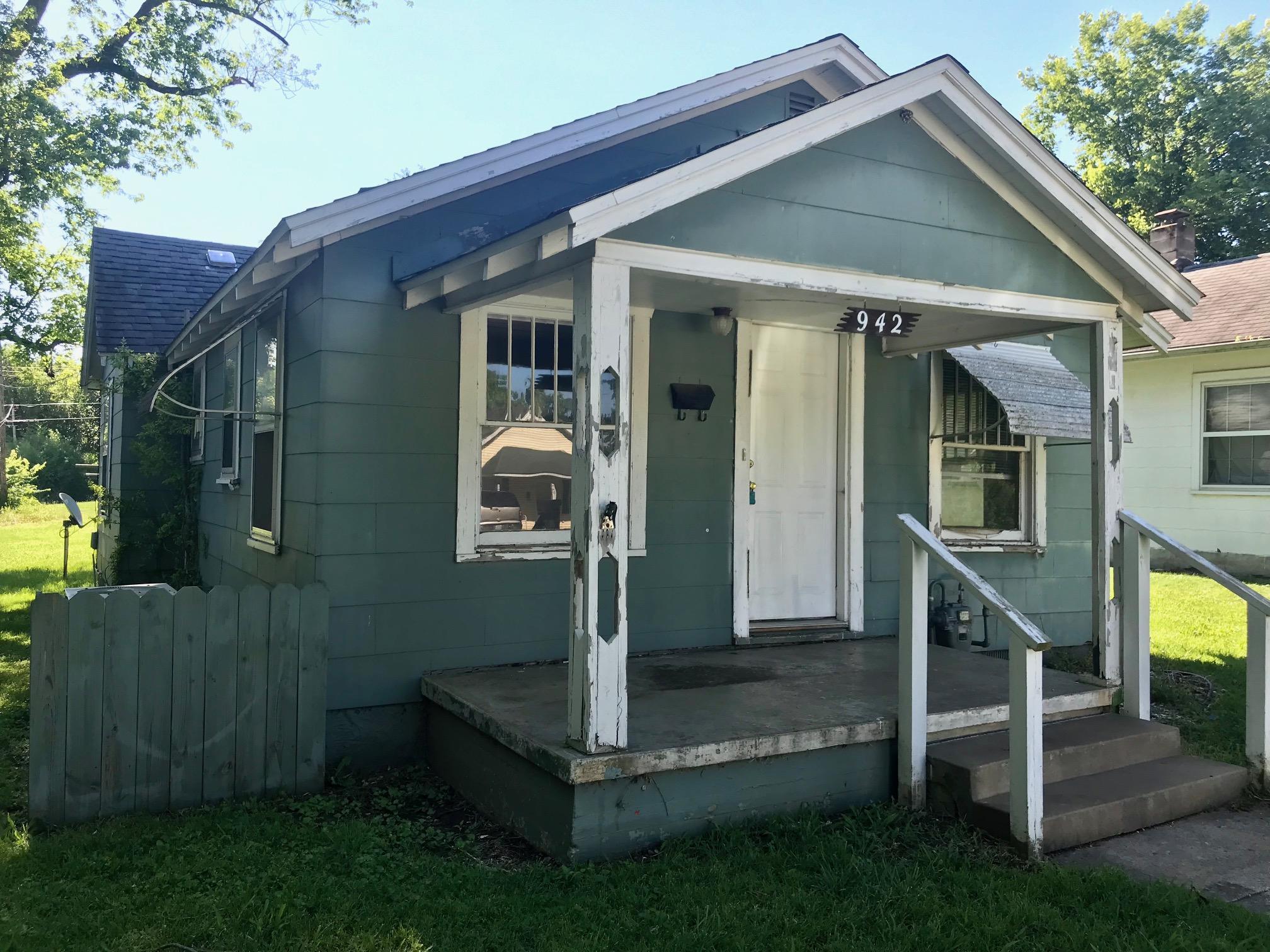 942 South Nettleton Avenue Springfield, MO 65806