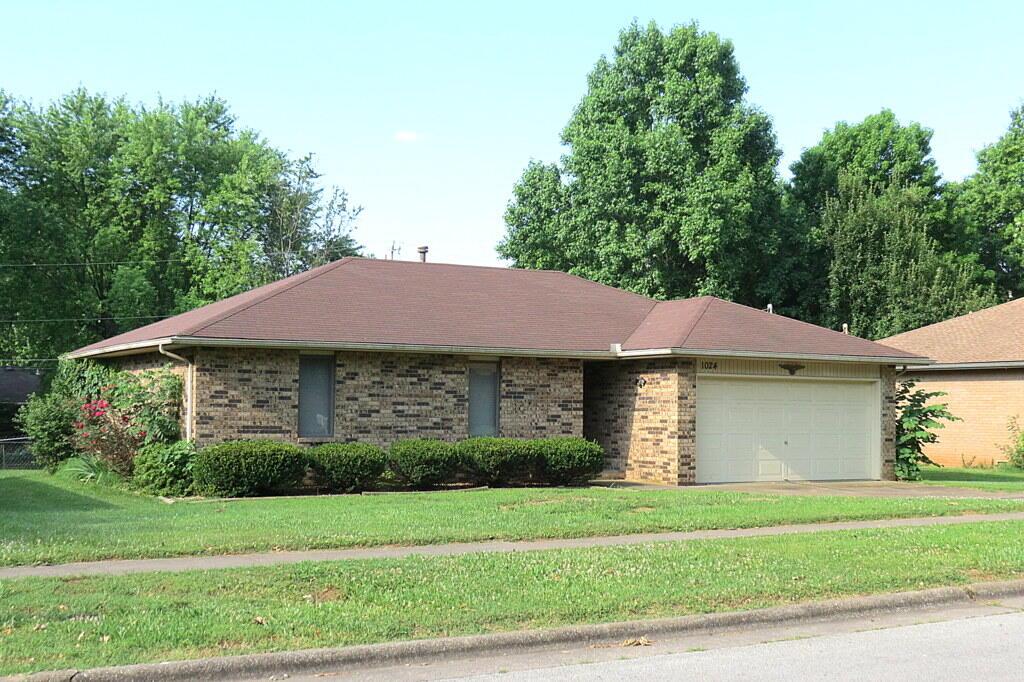 1024 West Cherokee Street Springfield, MO 65807