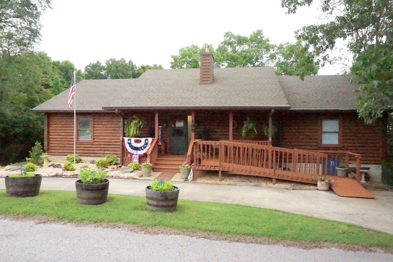 195 Black Oak Drive Branson, MO 65616