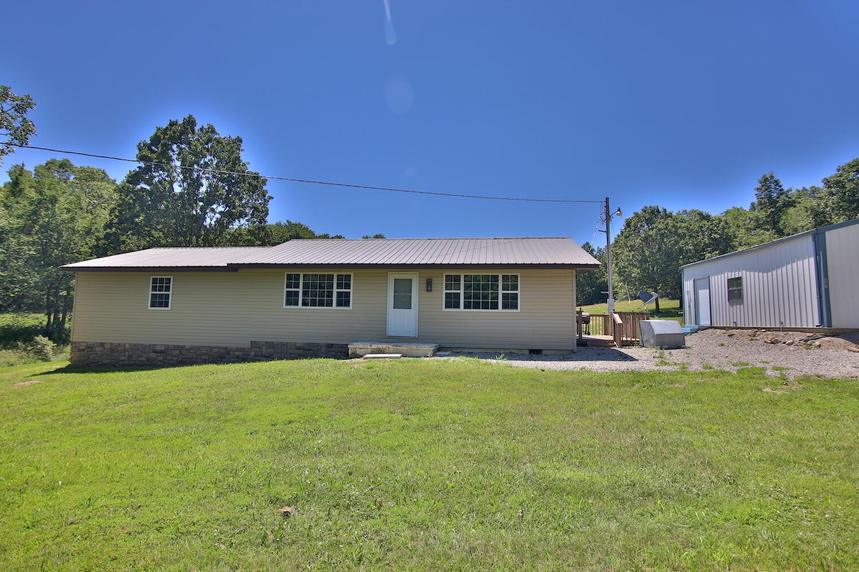 1245 County Road Alton, MO 65606