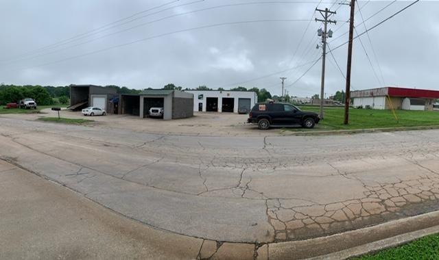 305 East Procter Road Willard, MO 65781