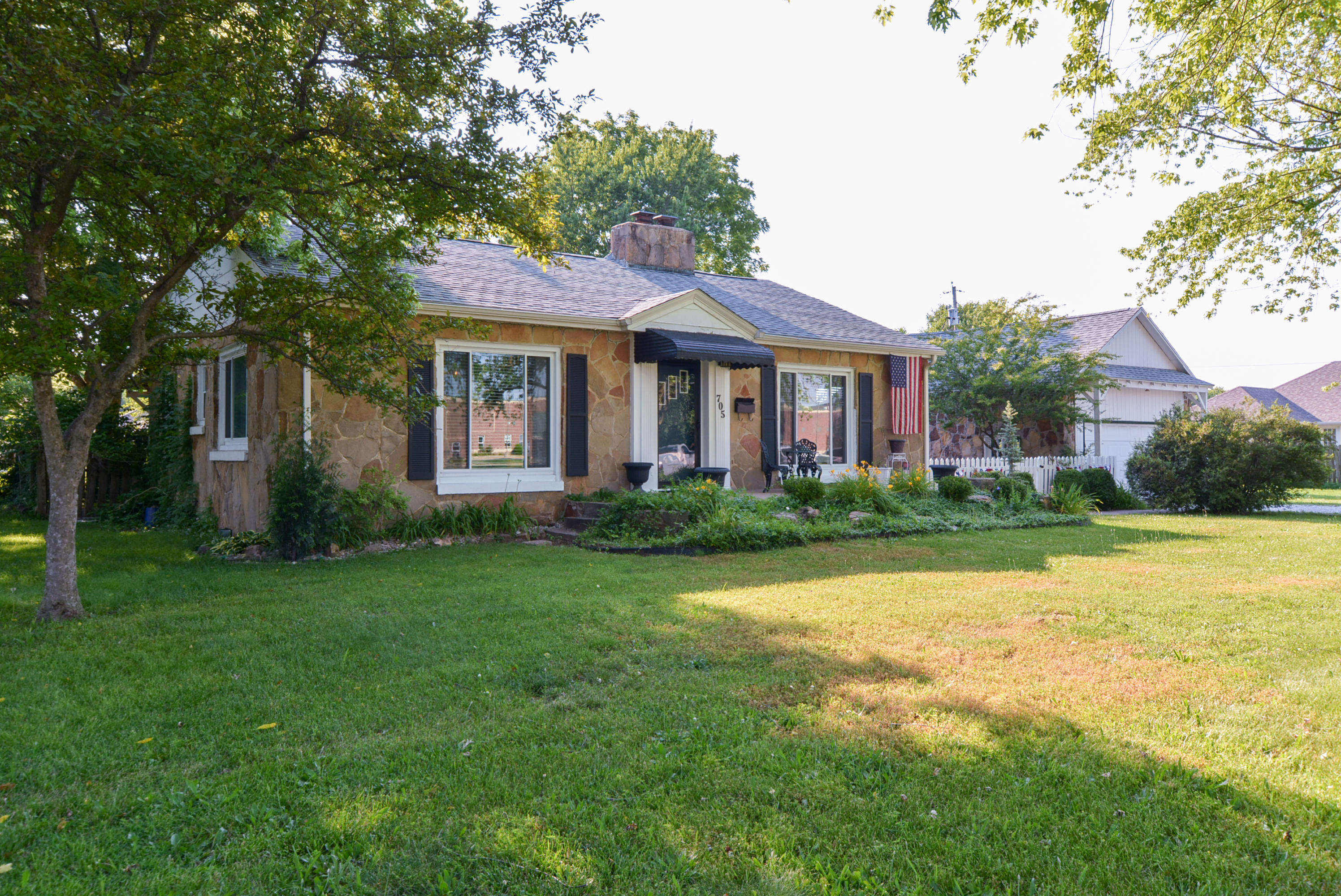 Property for sale at 705 North Main, Republic,  Missouri 65738
