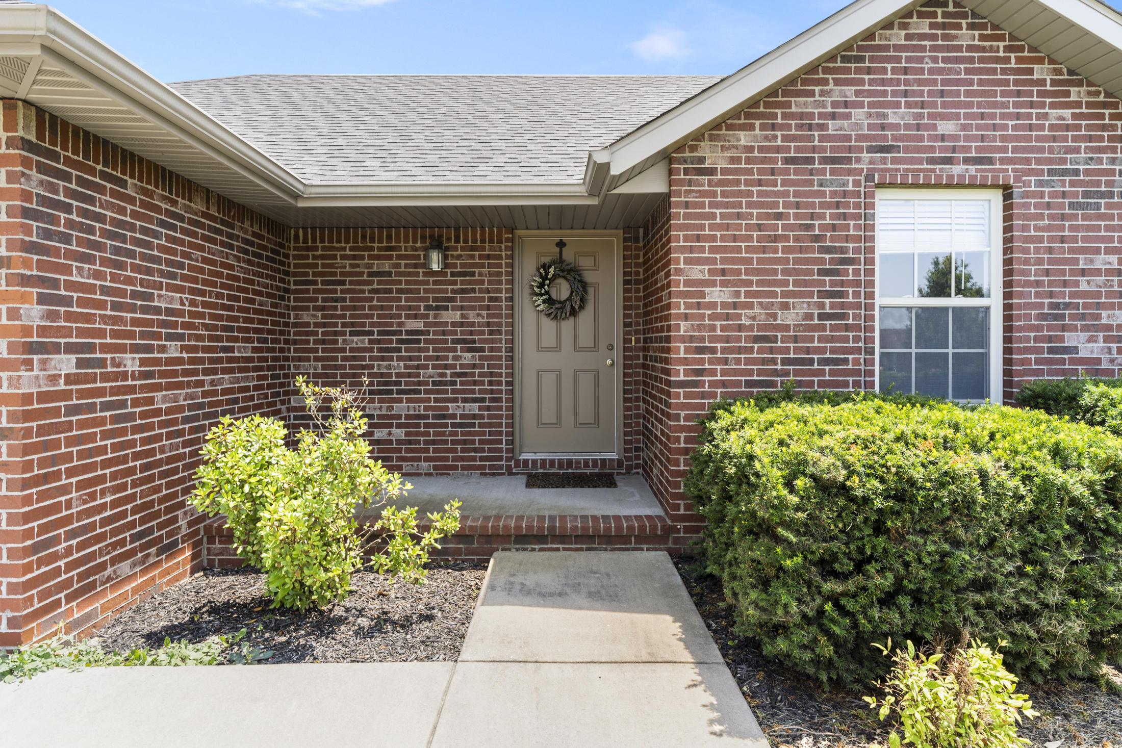 Property for sale at 1216 East Chesapeake, Ozark,  Missouri 65721