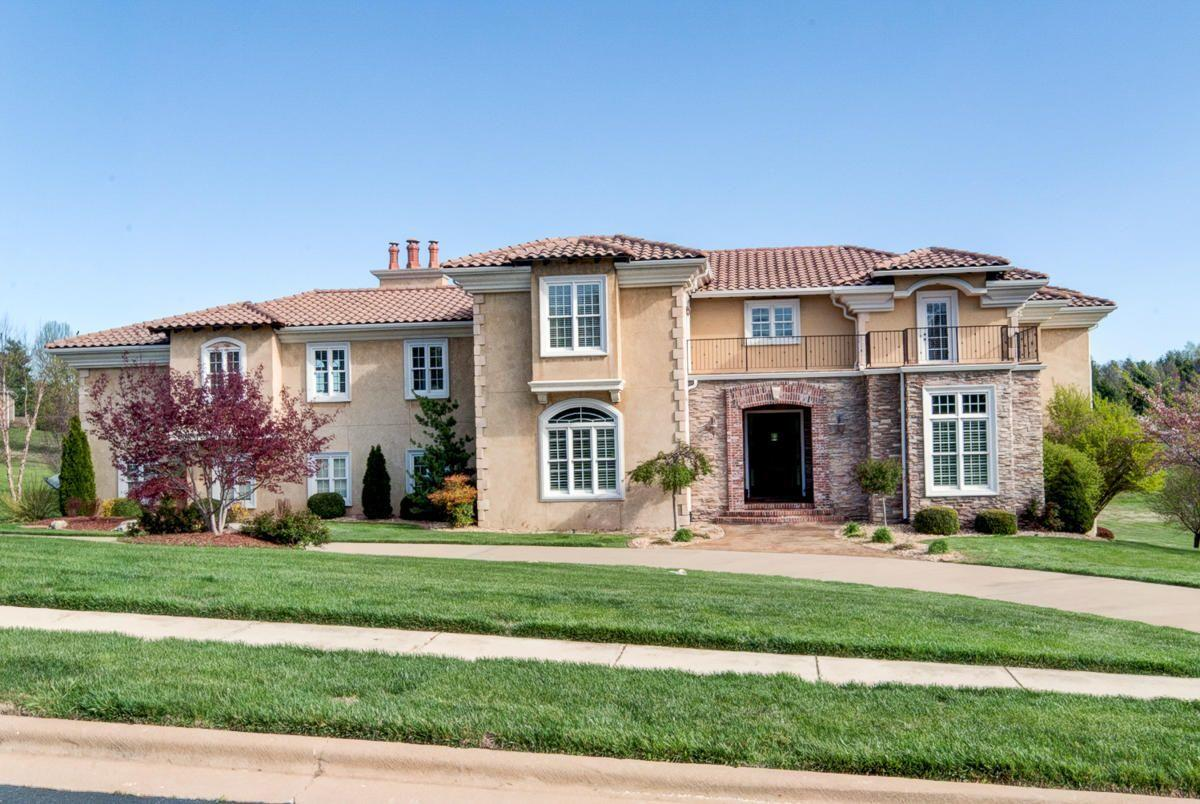 3965 East Turtle Hatch Road Springfield, MO 65809