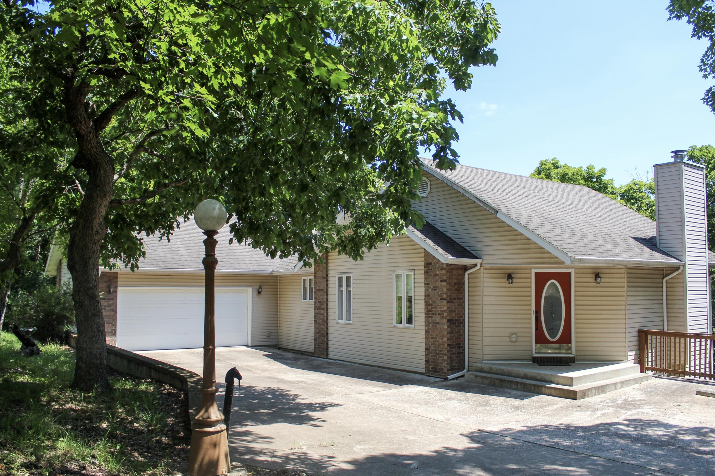36 Austin Place Branson West, MO 65737