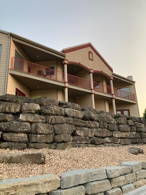 260 Villa Drive UNIT #1 Hollister, MO 65672