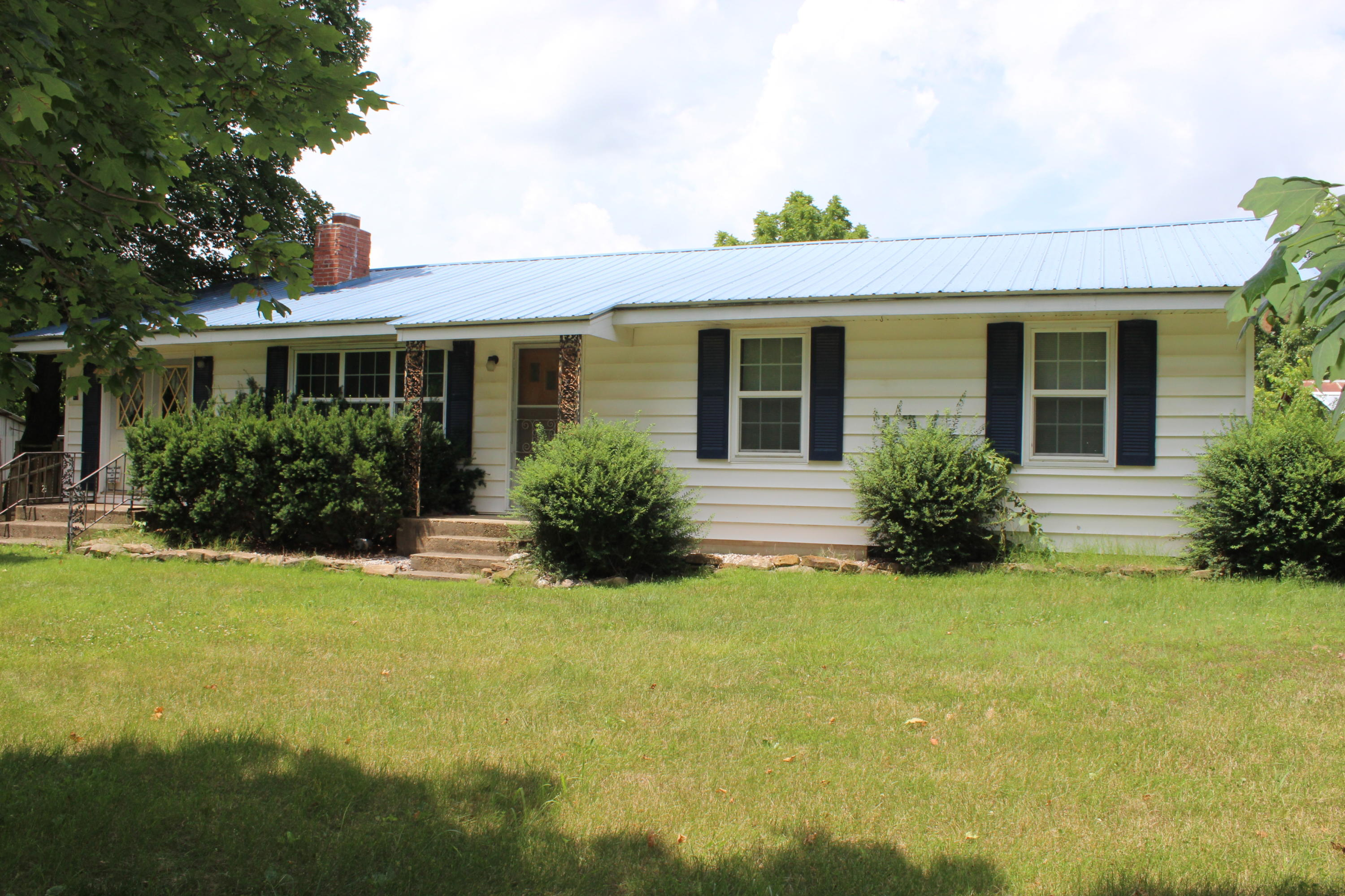 47 Great View Road Highlandville, MO 65669