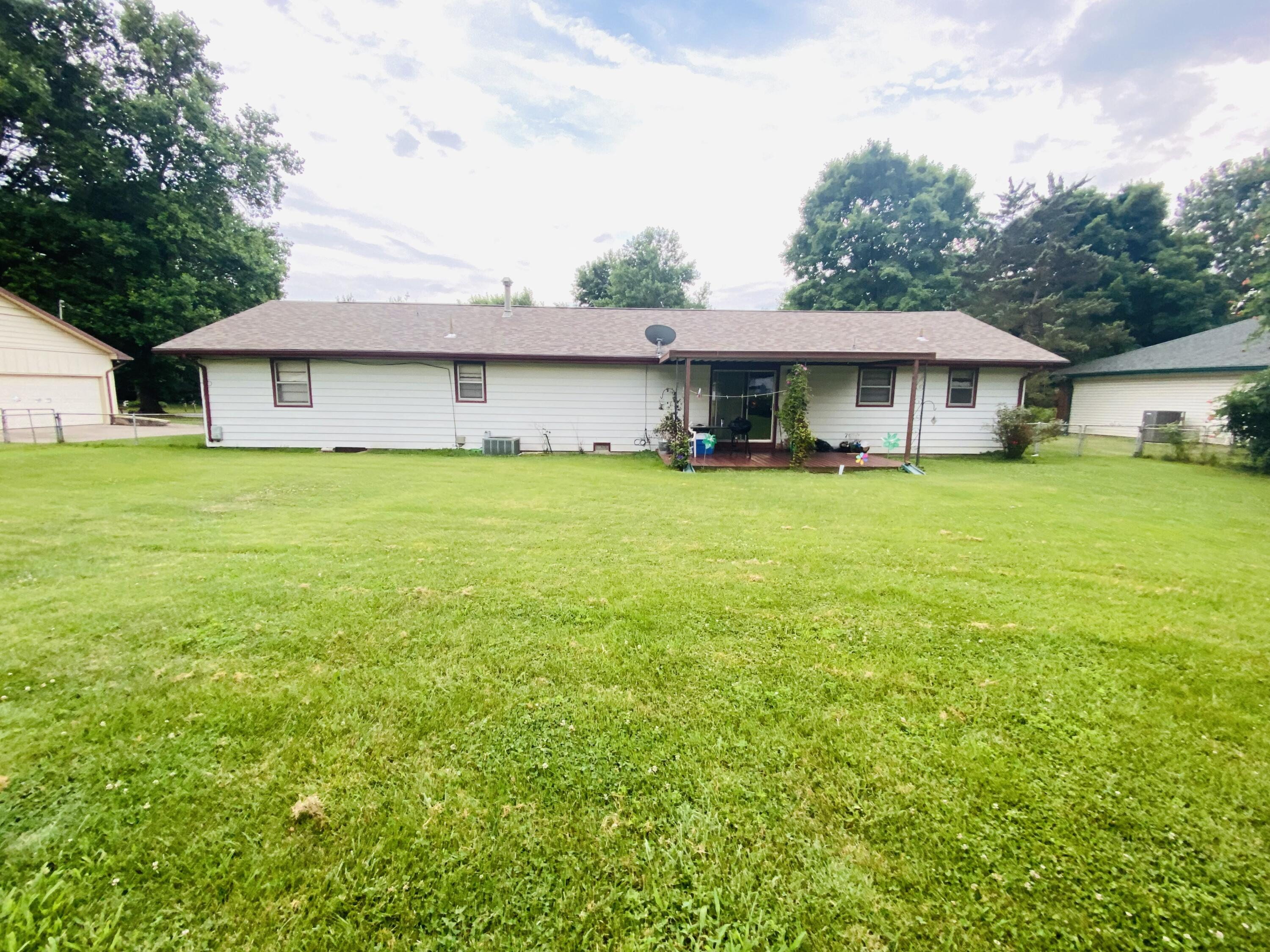 1115 East Westchester Drive Springfield, MO 65810