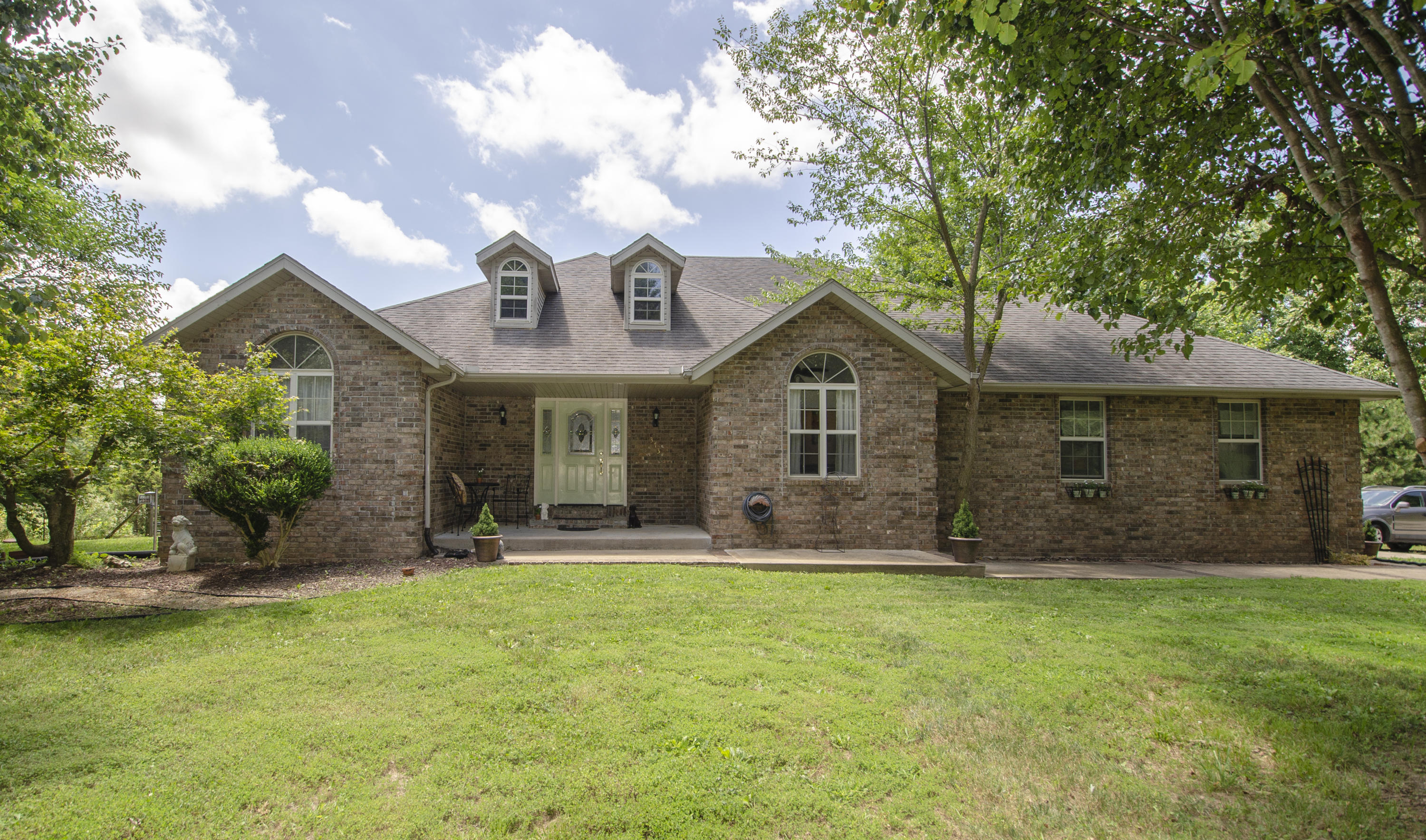 373 Scenic Country Lane Clever, MO 65631