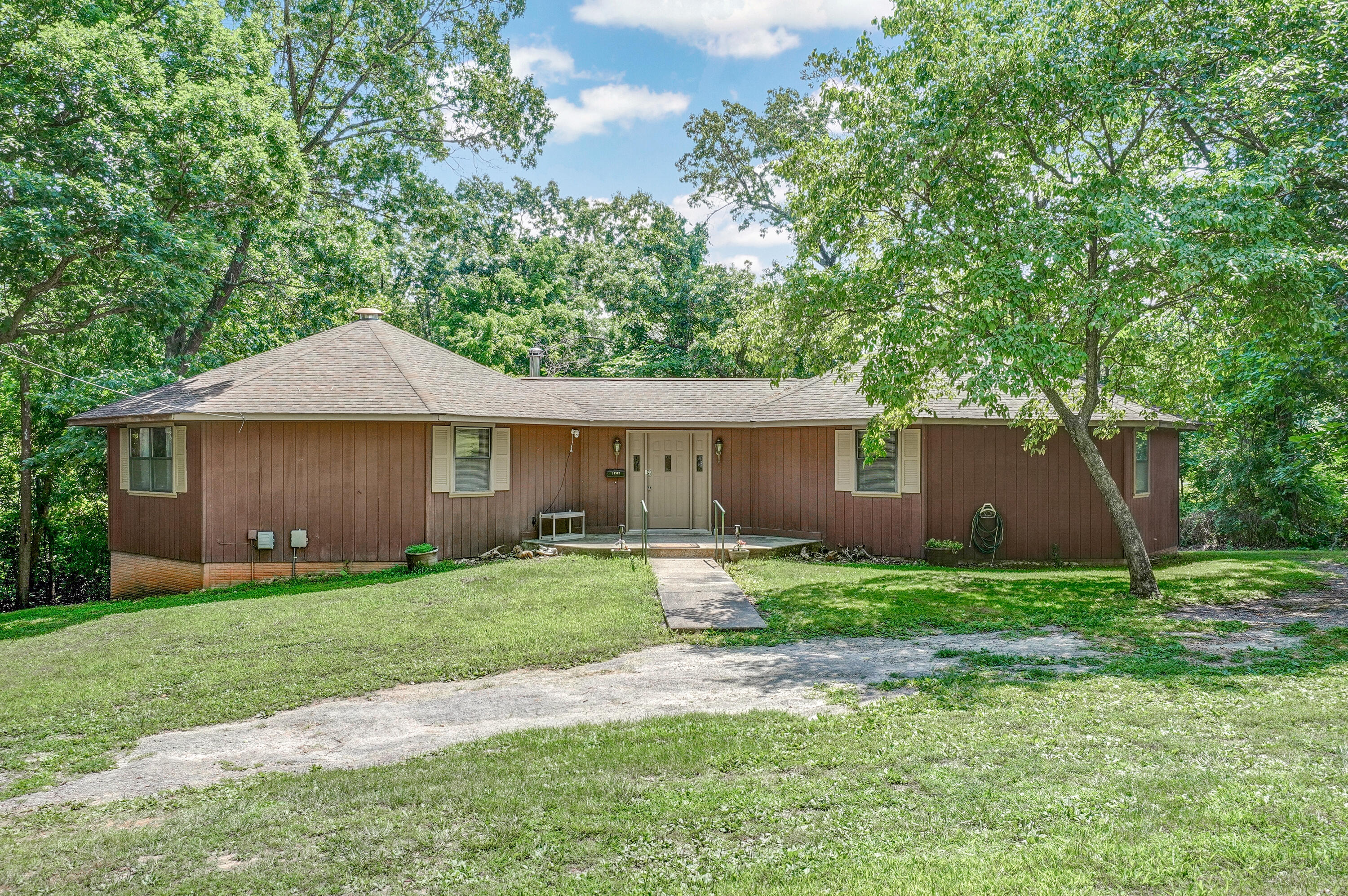 19352 State Hwy Cassville, MO 65625