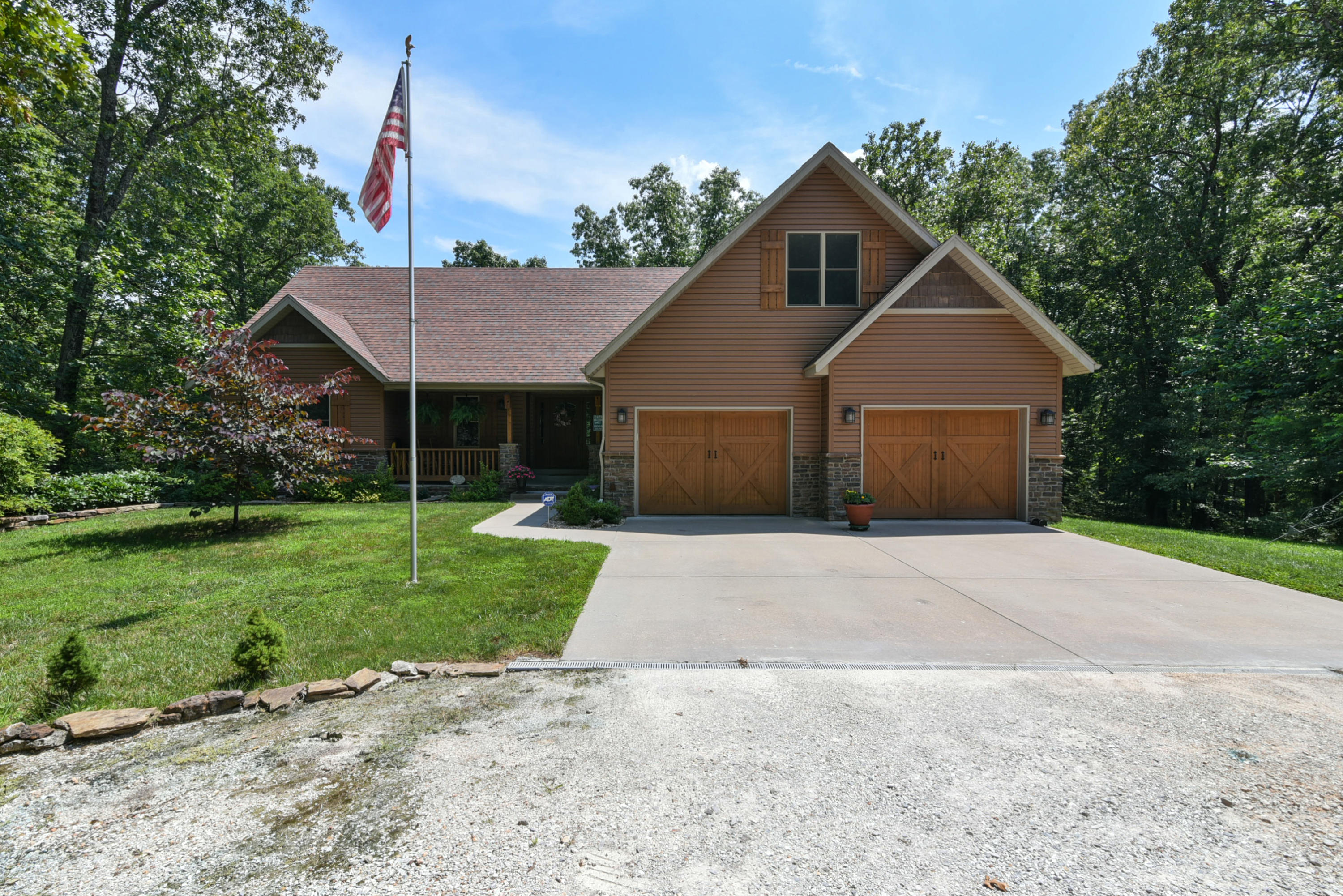 3744 Two Rivers Road Highlandville, MO 65669