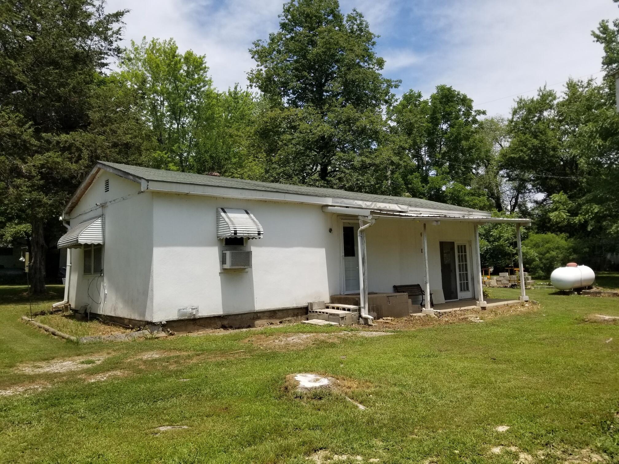 135 Elkins Drive Cedar Creek, MO 65627