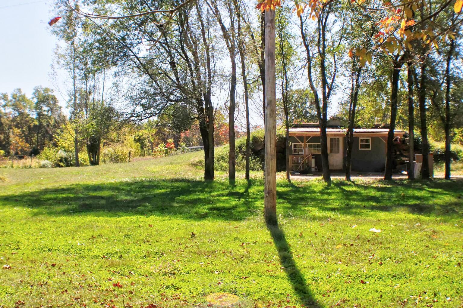 656 County Road Alton, MO 65606