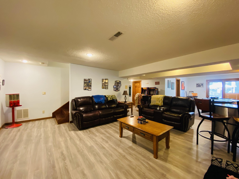 1502 South Cedar Ridge Street Springfield, MO 65809