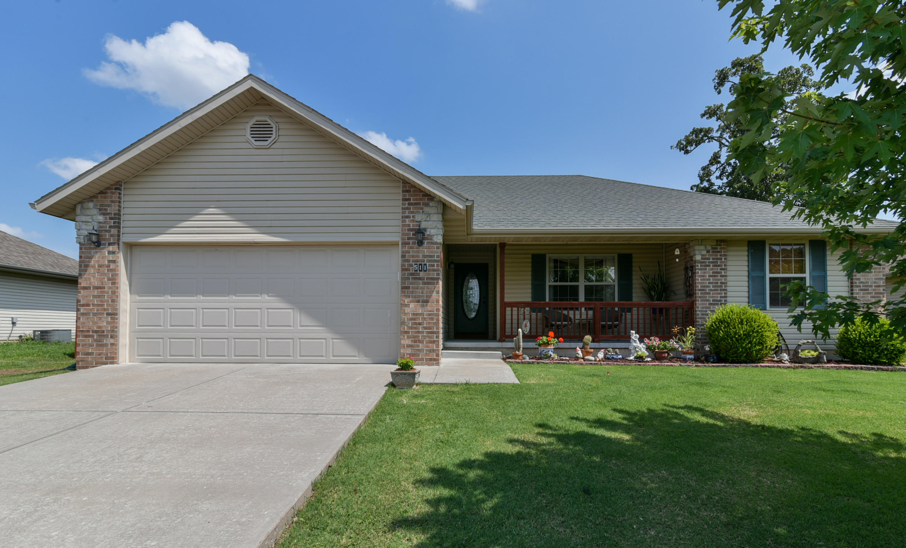 511 Rice Street Clever, MO 65631