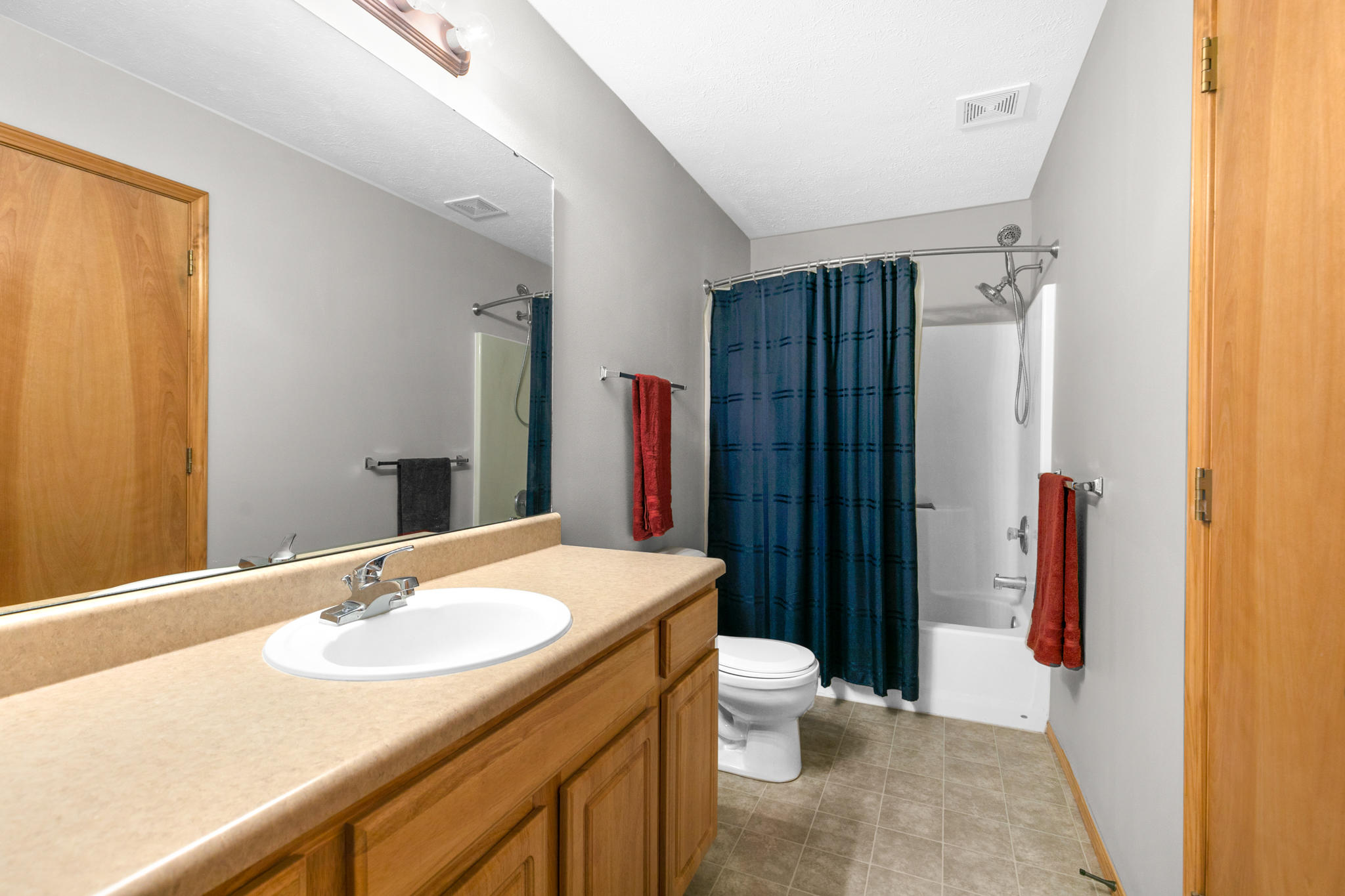 2410 West Kendall Avenue Ozark, MO 65721