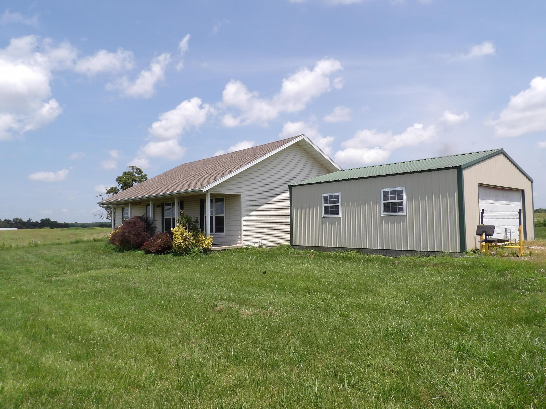 3732 Farm Road Monett, MO 65708