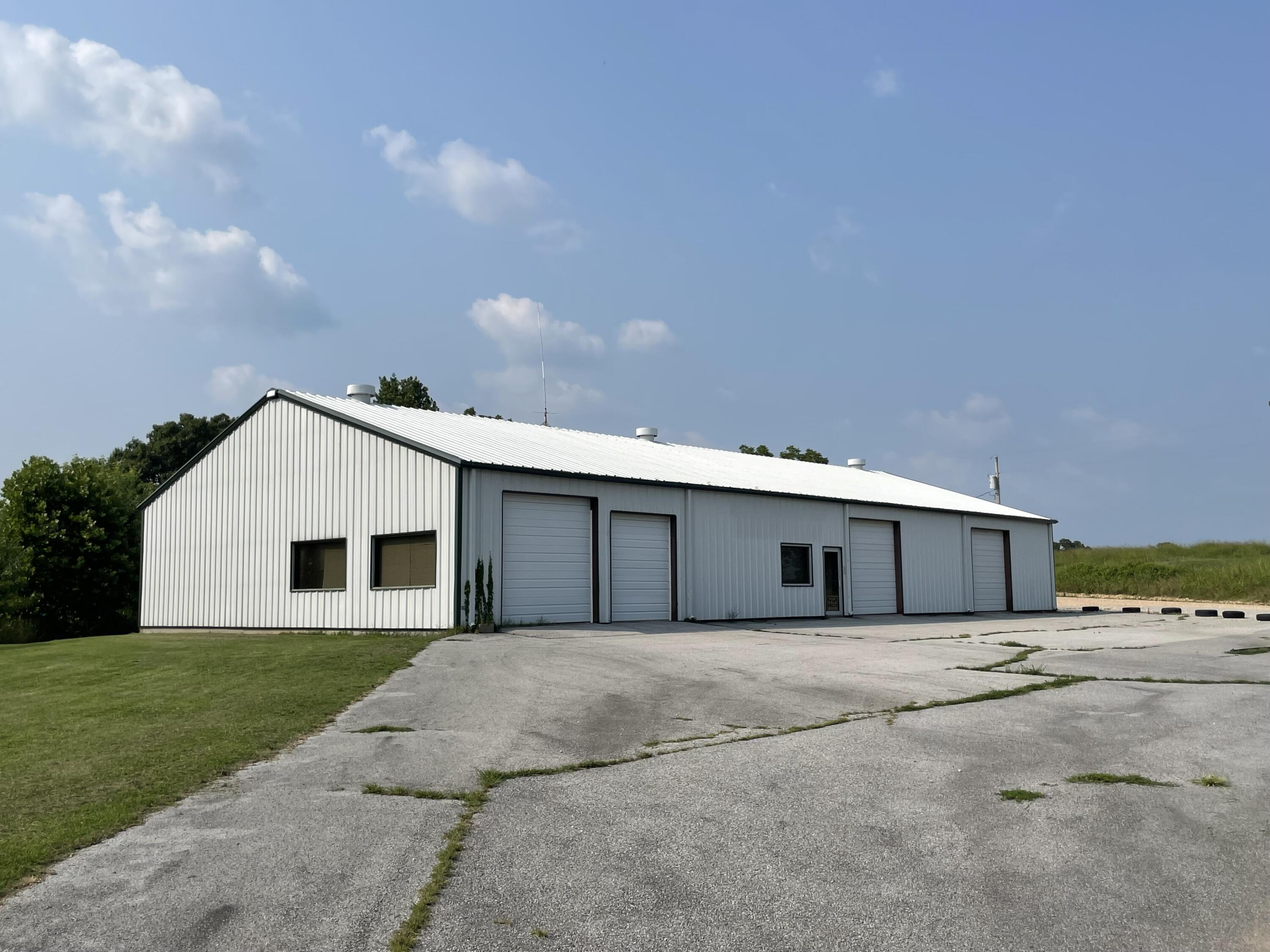 4101 East Highway Anderson, MO 64831