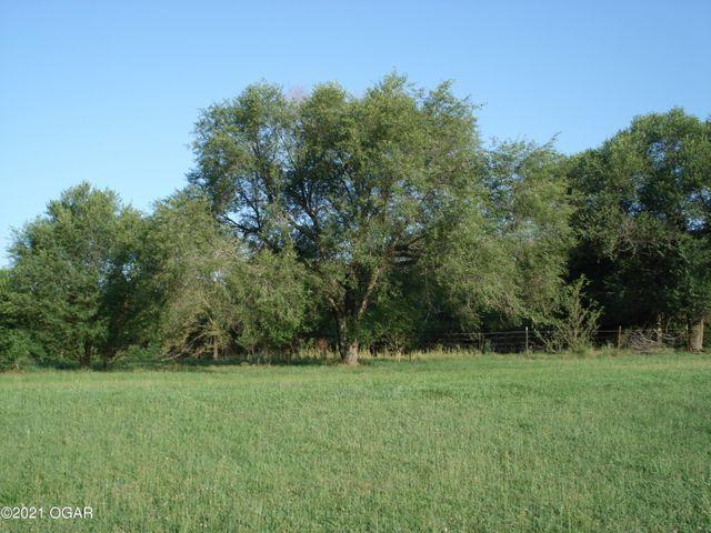2696 White Oak Road Seligman, MO 65745